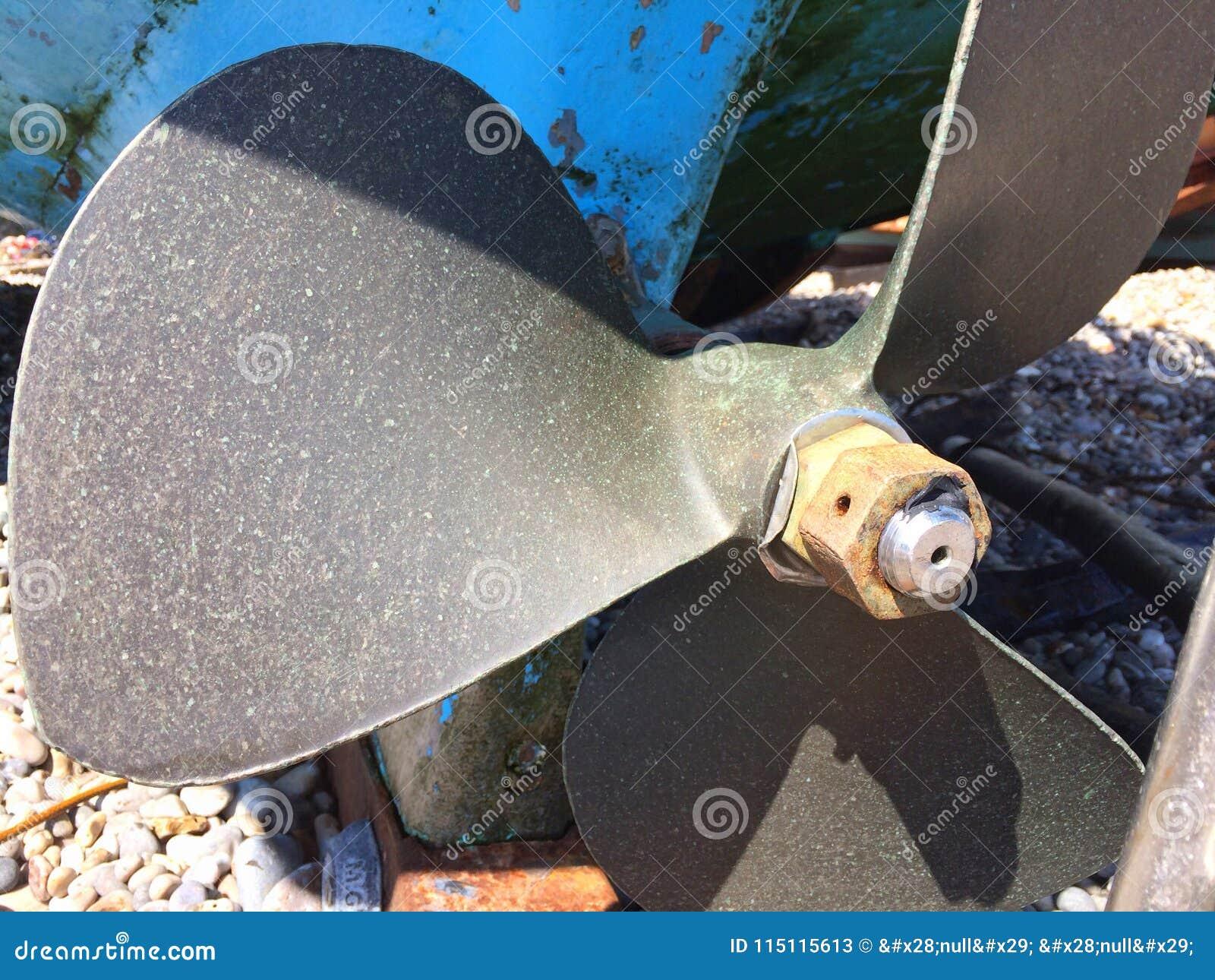 Łódź lub statku śmigło pokazuje kingnut