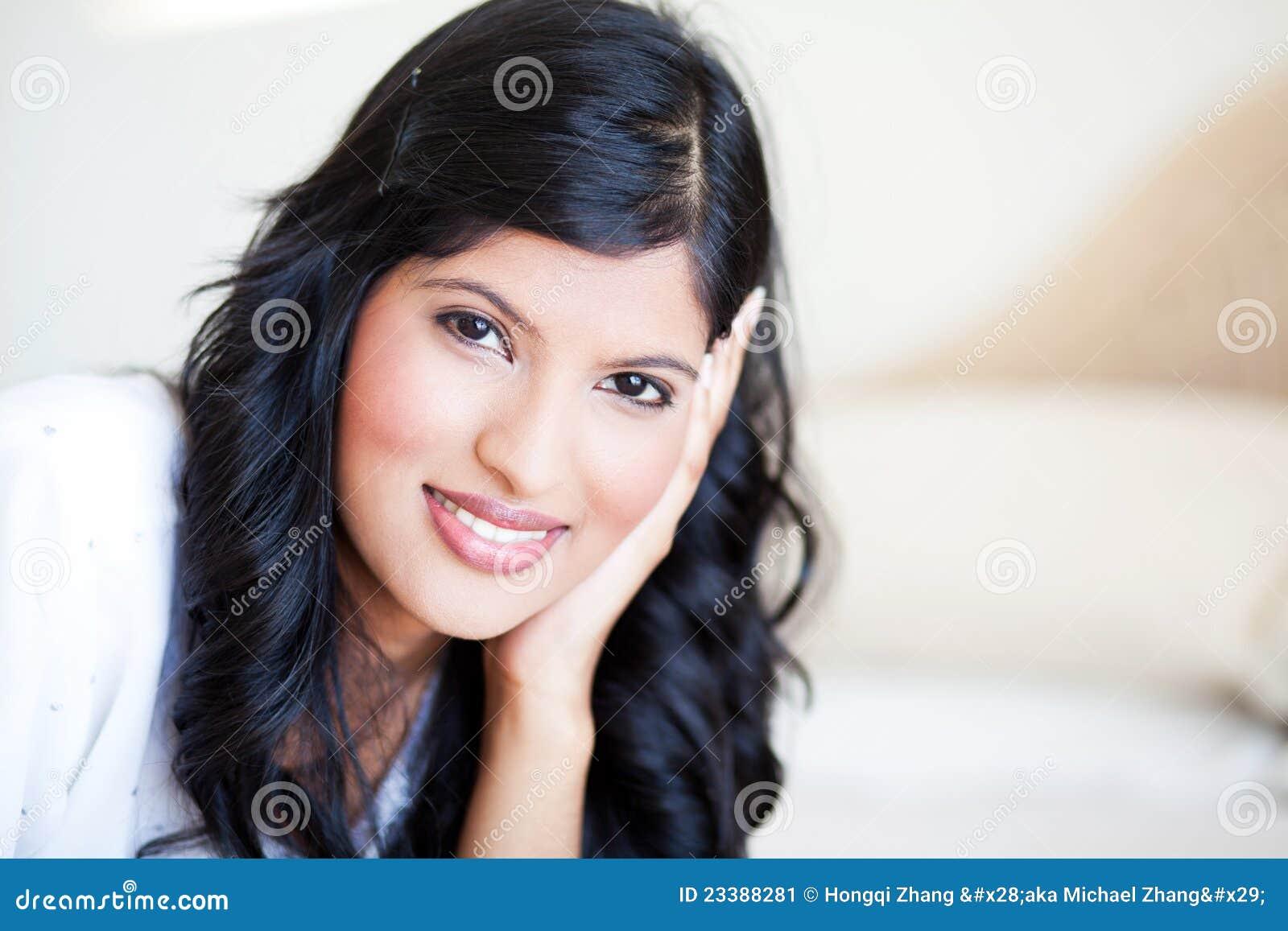 Ładna indyjska kobieta
