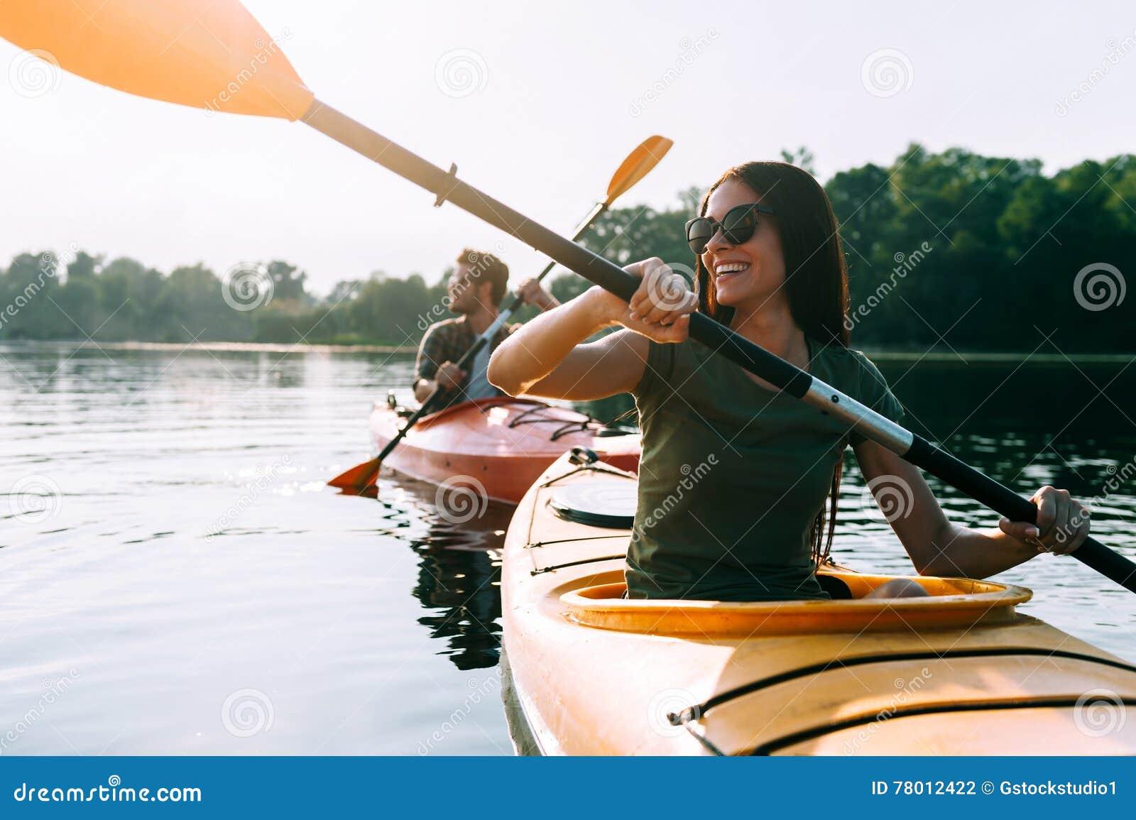 Ładny dzień dla kayaking
