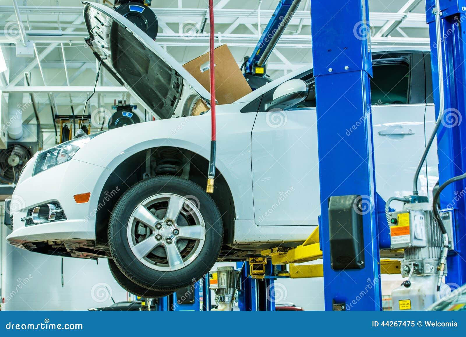 Łamany samochód w samochód usługa