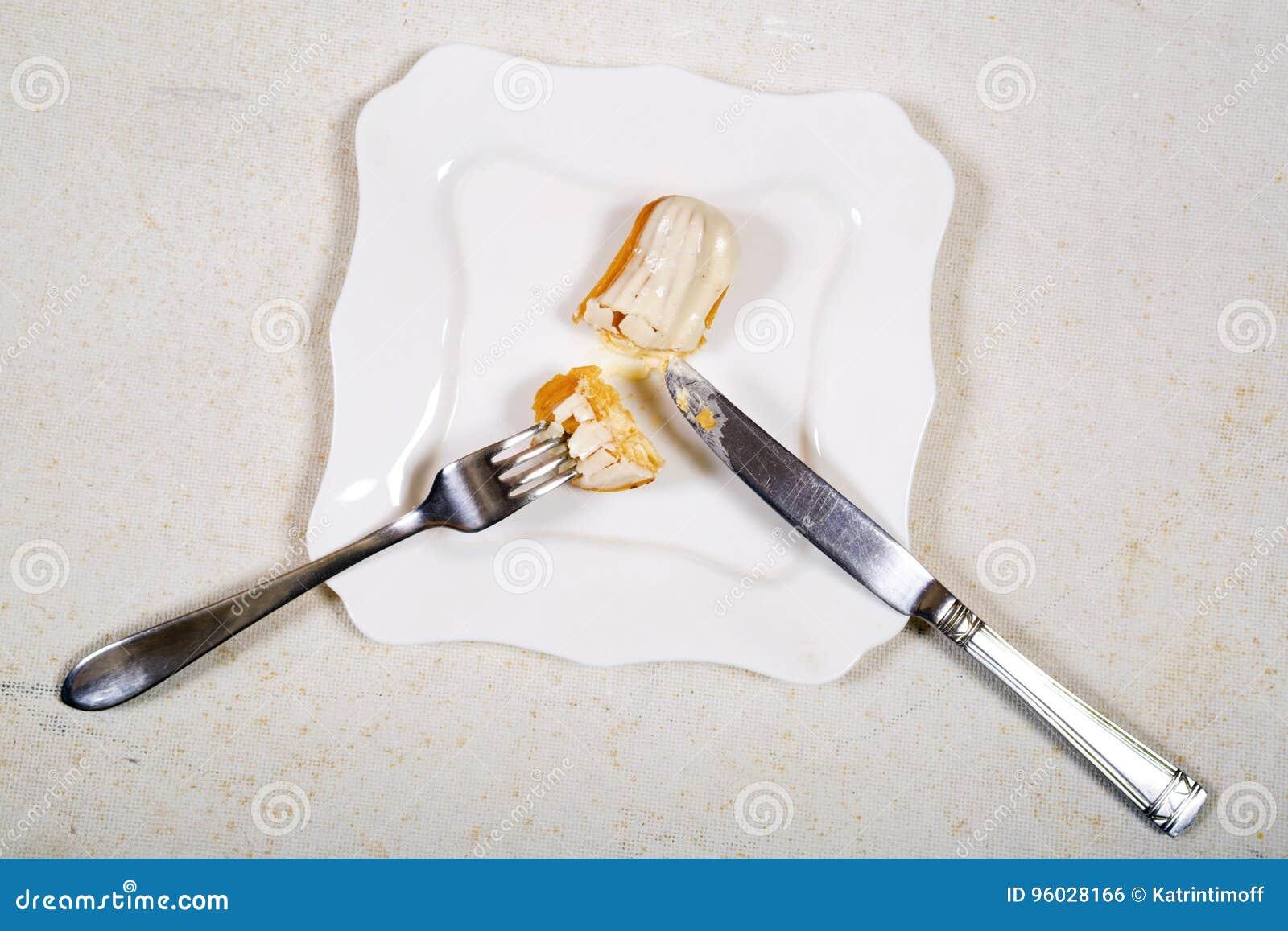Łasowania eclair tort