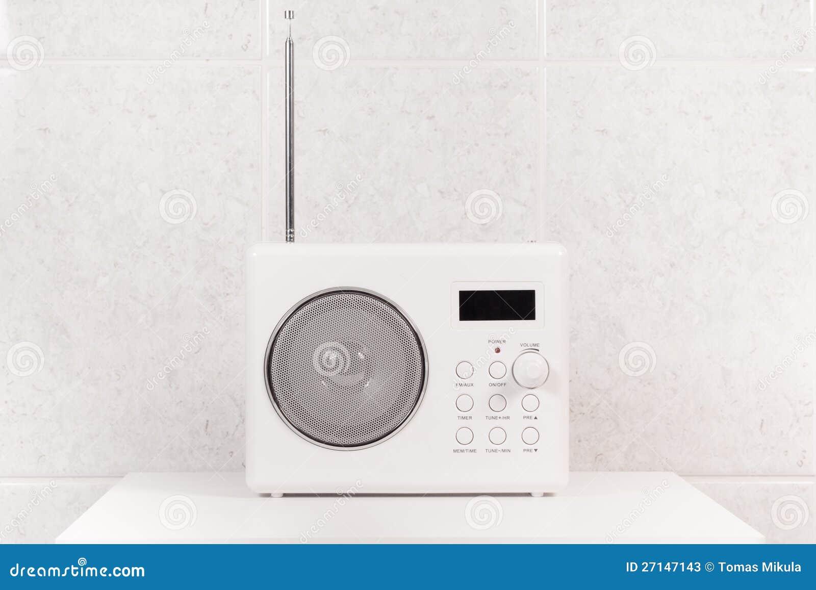 łazienki Biały Nowożytny Radio Obraz Stock Obraz Złożonej