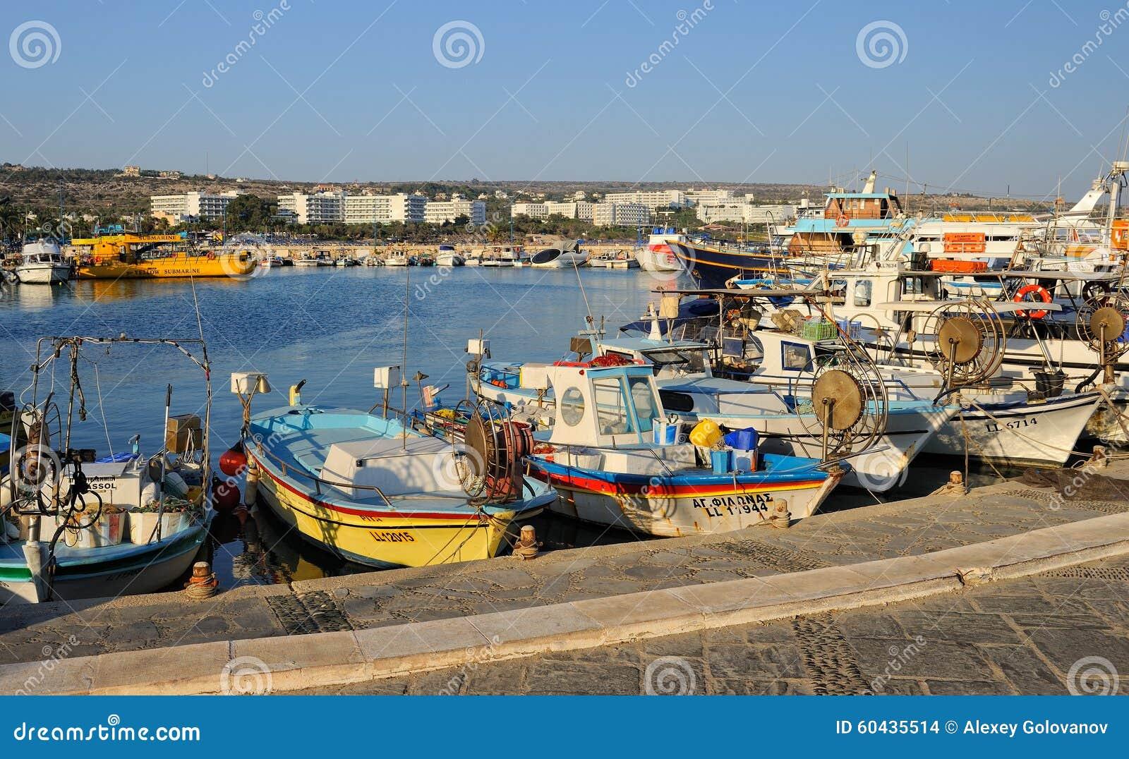 Łodzie i jachty, Ayia Napa, Cypr
