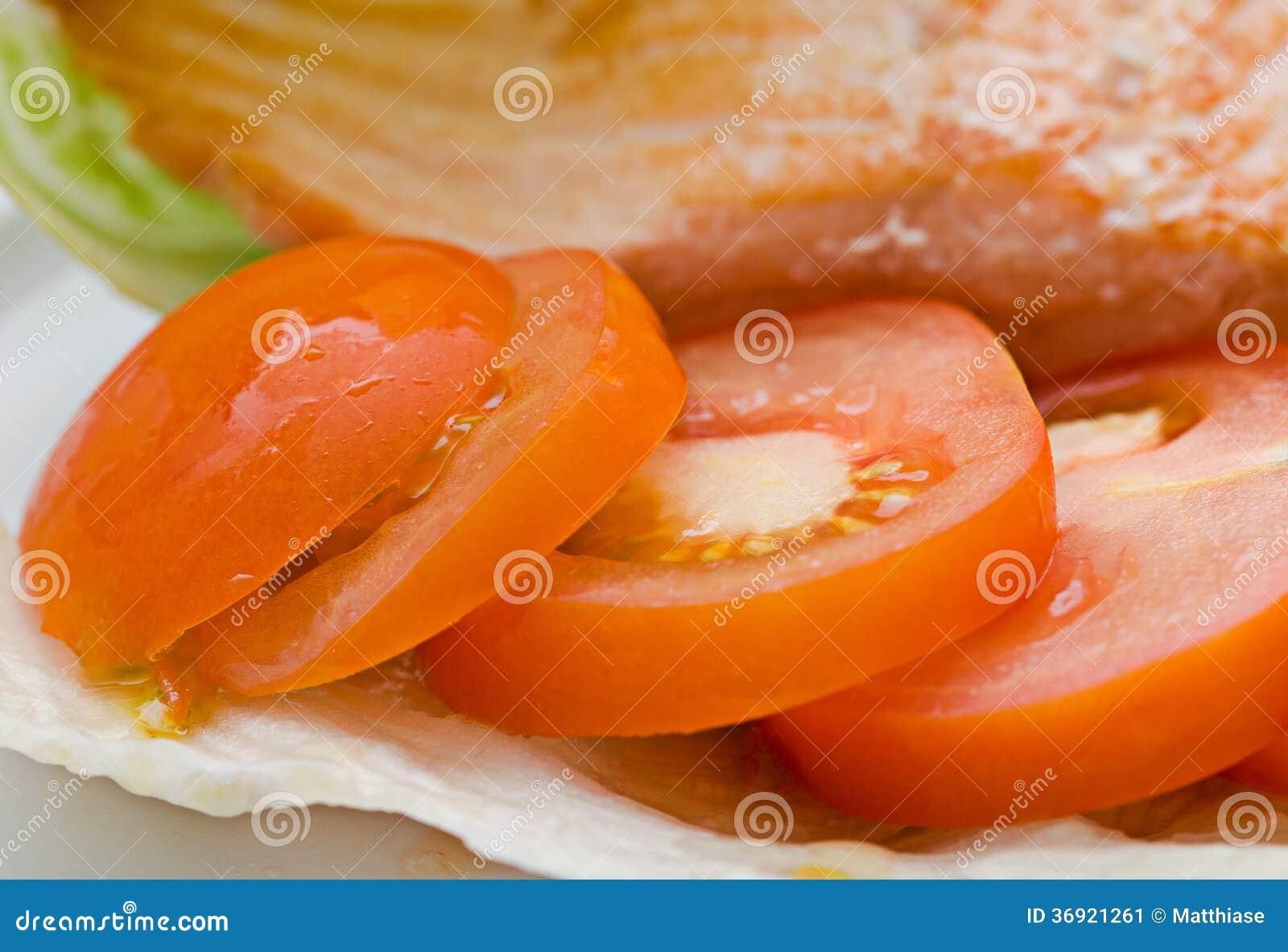 Łosoś i sałatka