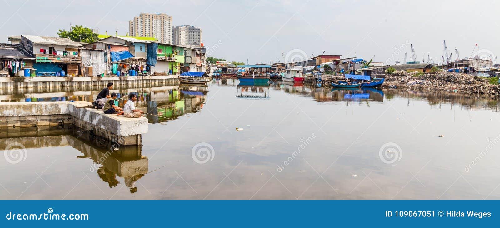 Łowić starego schronienie Dżakarta, Indonezja