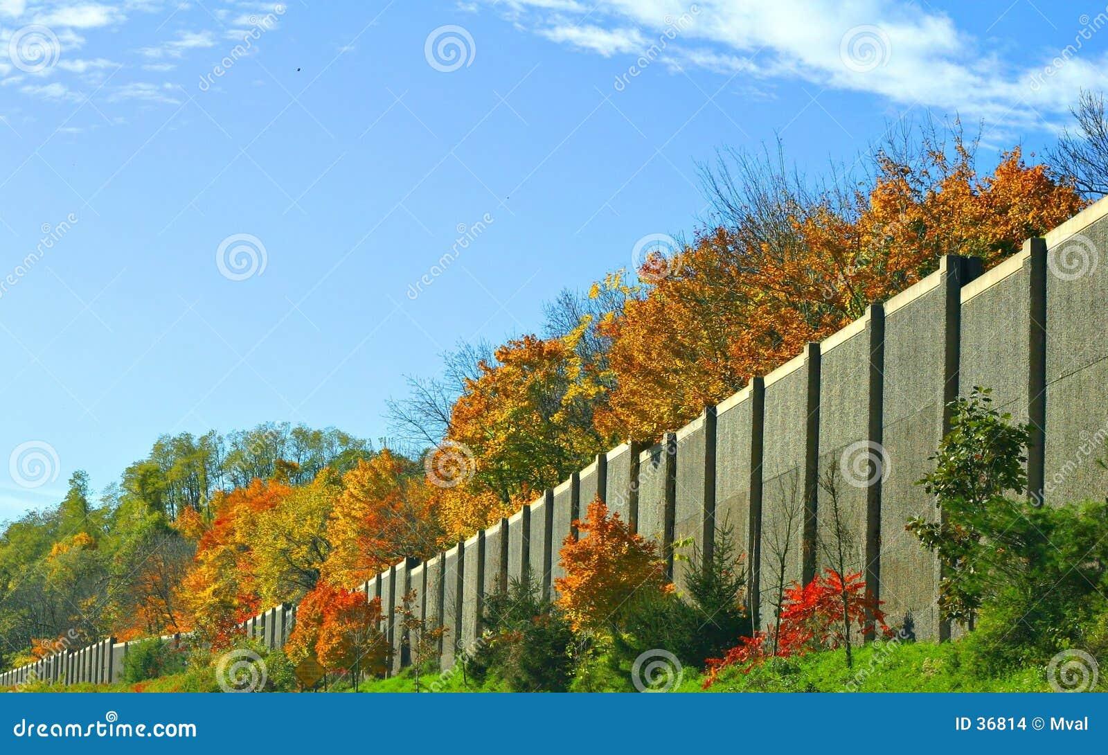 ściana autostrady