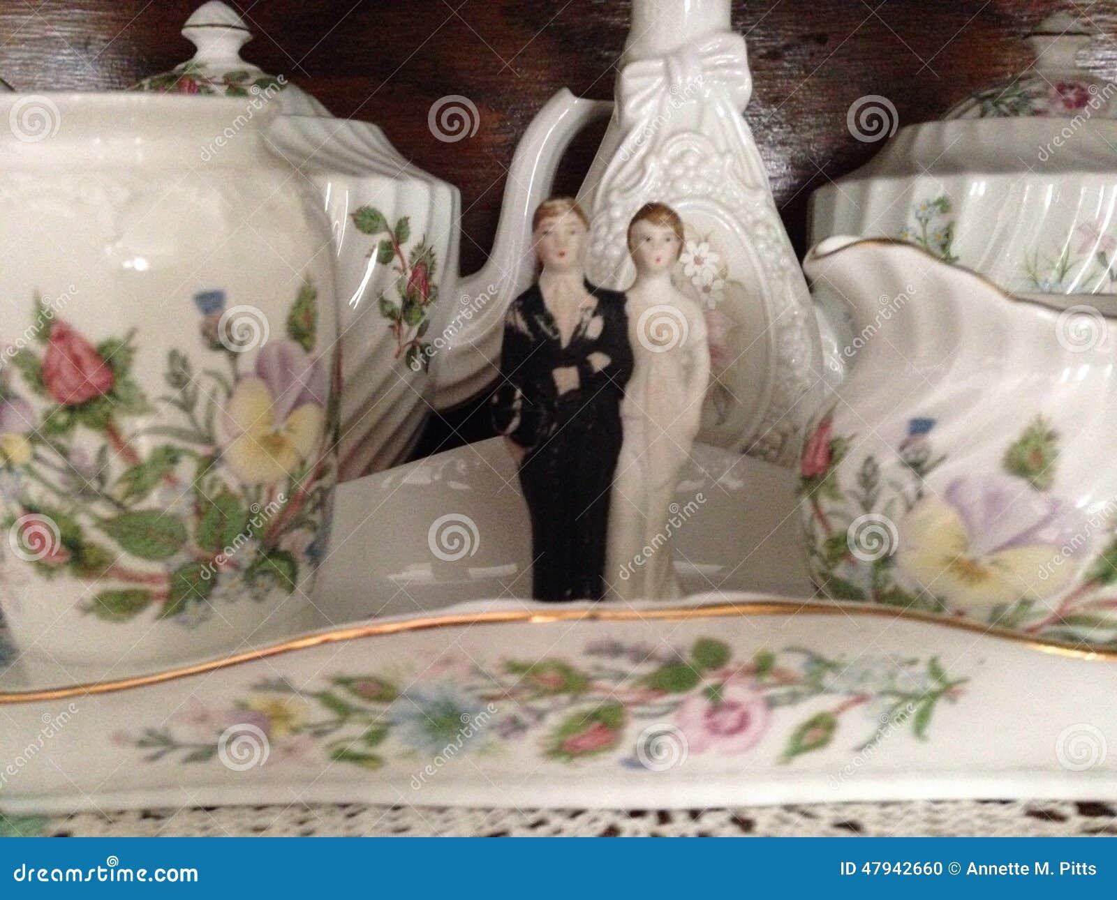 Ślubna para i świetna porcelana