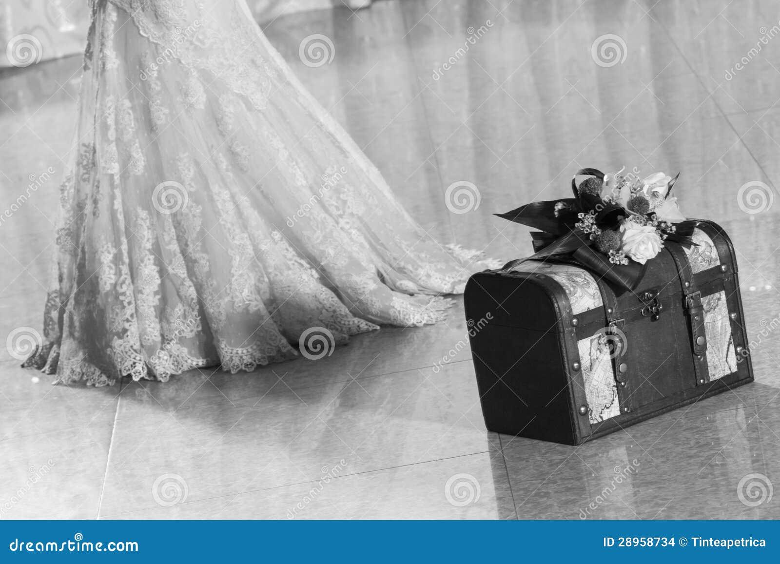 Ślubny pudełko z panną młodą