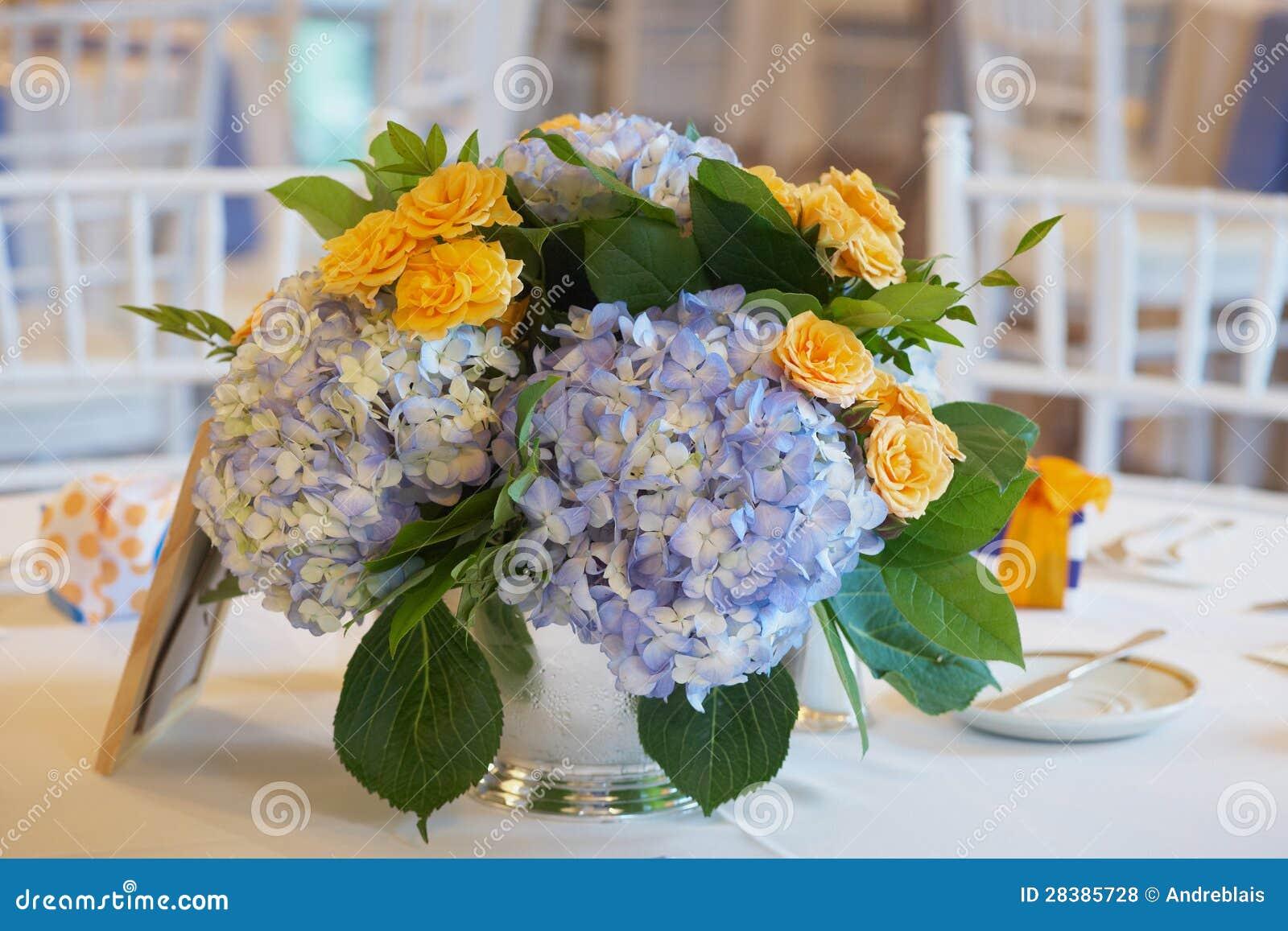 Ślubny stołowy centerpeice
