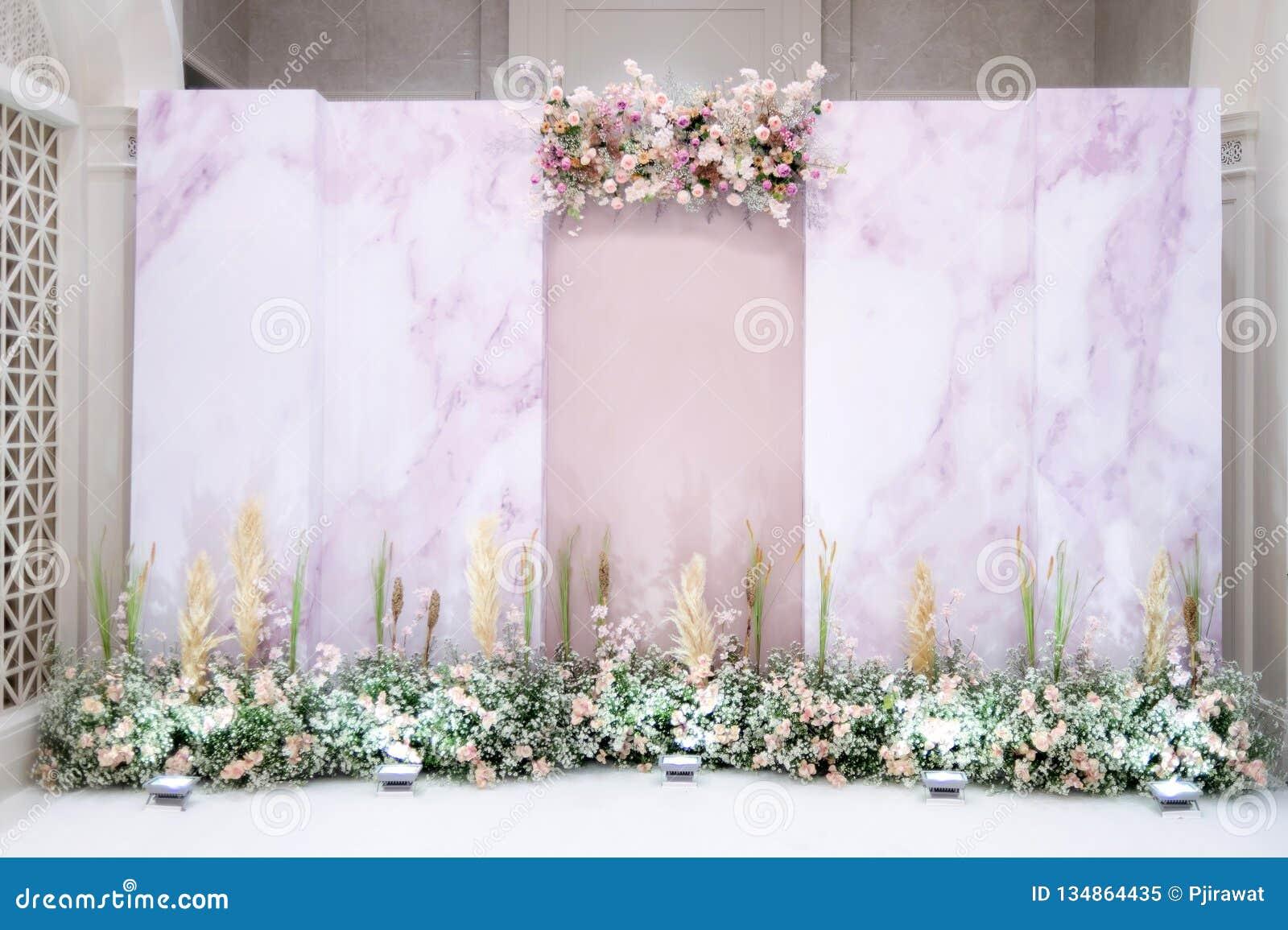 Ślubny tło z kwiatem