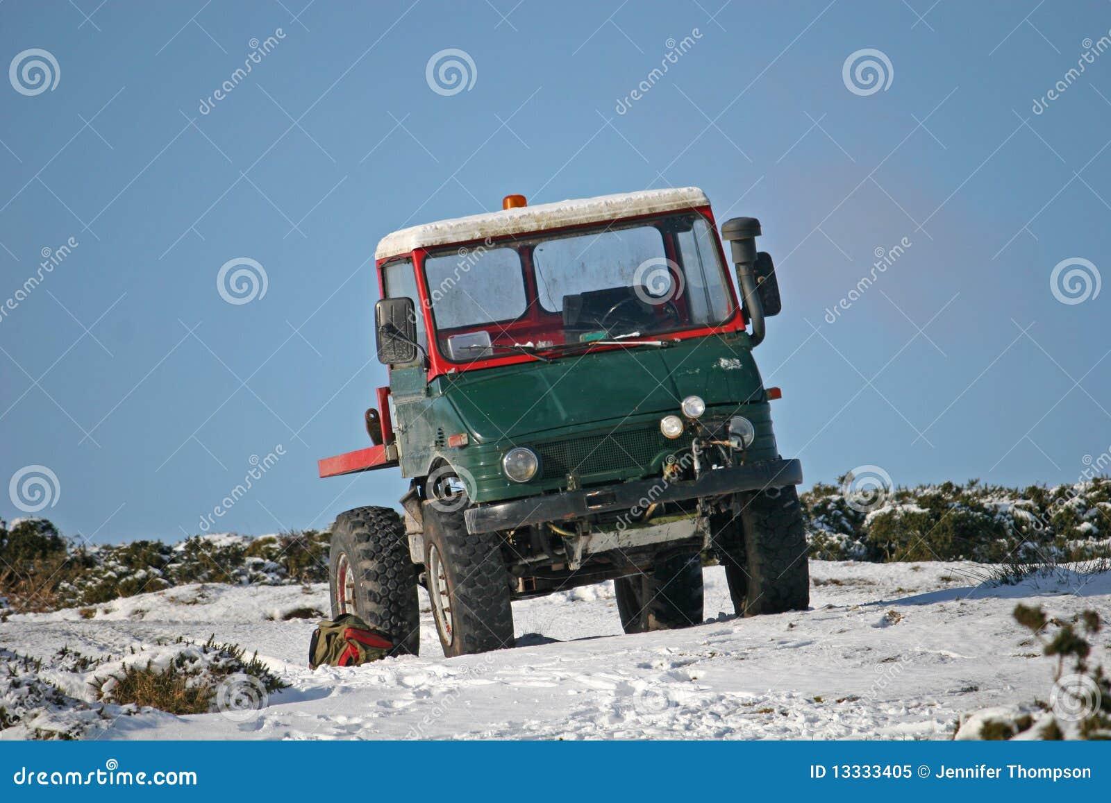 śnieżna ciężarówka