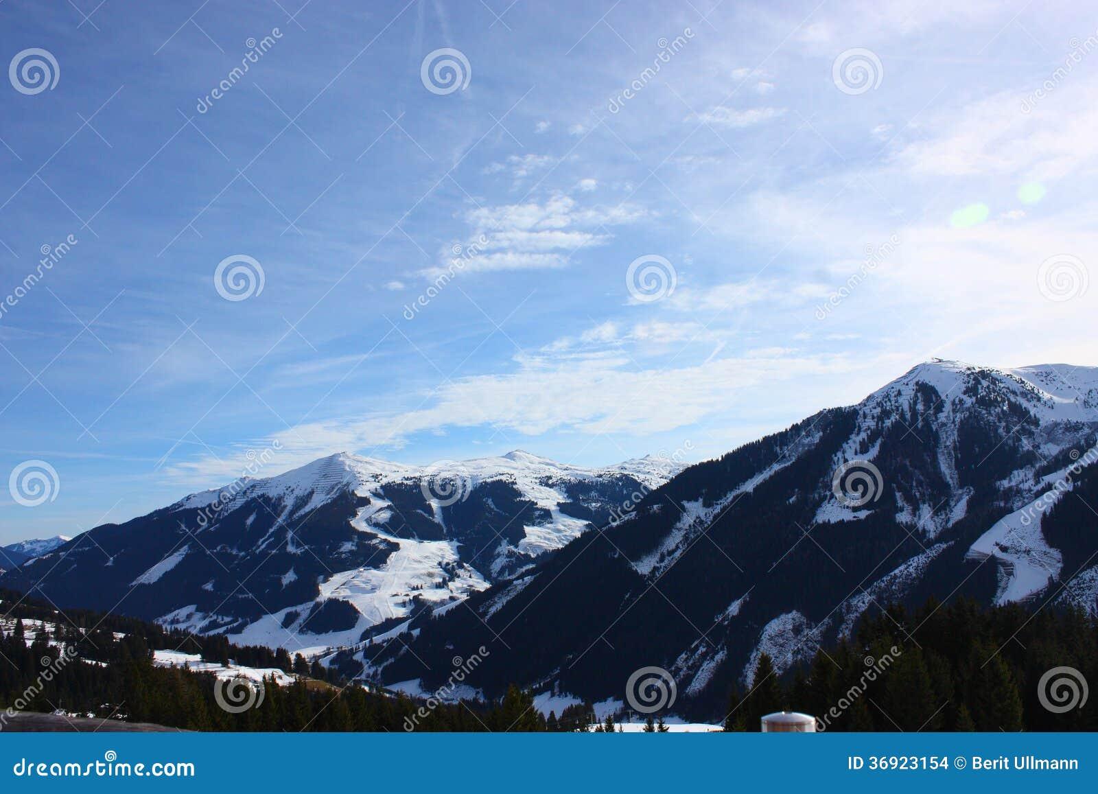 Śnieżne góry