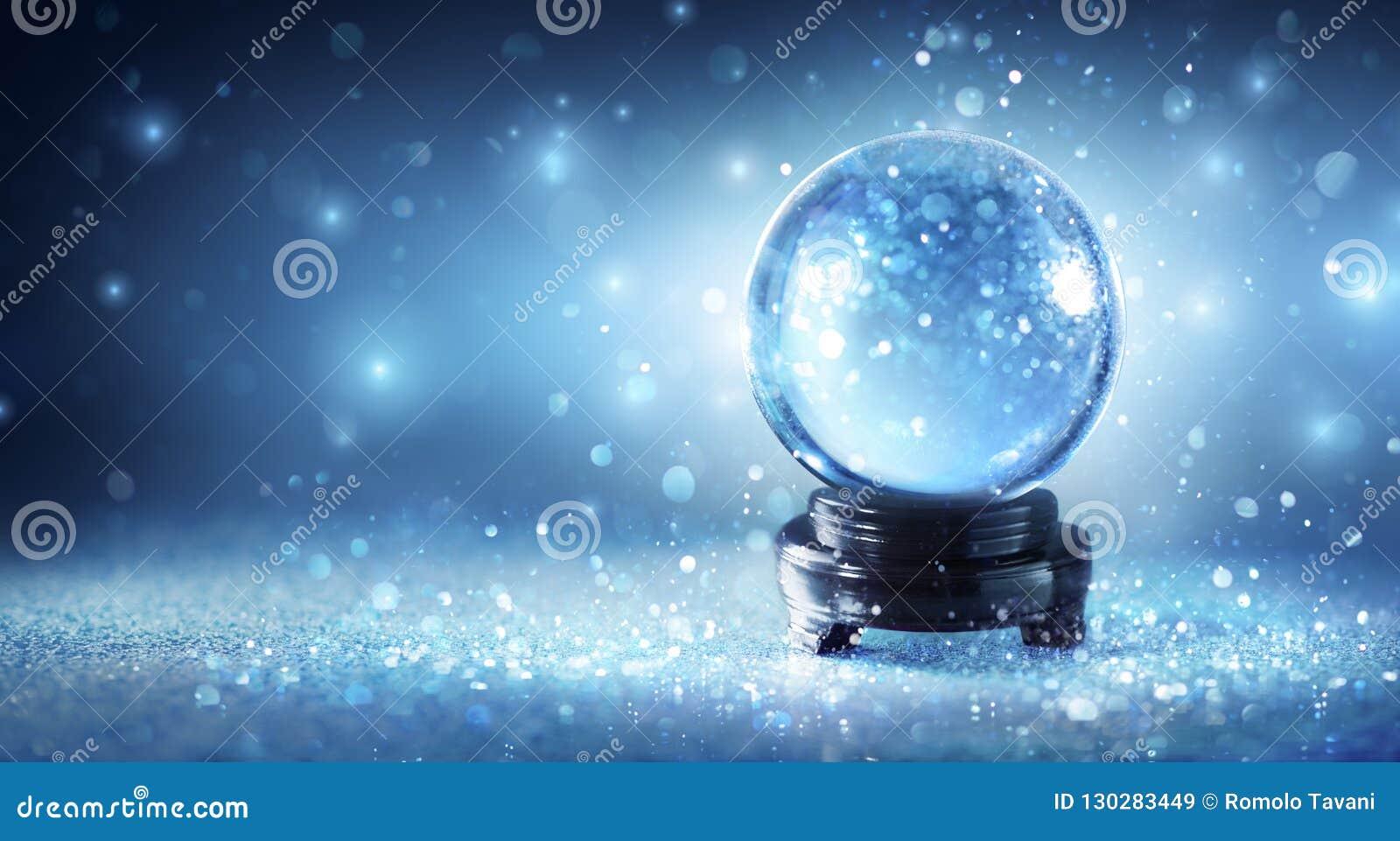 Śnieżny kuli ziemskiej lśnienie