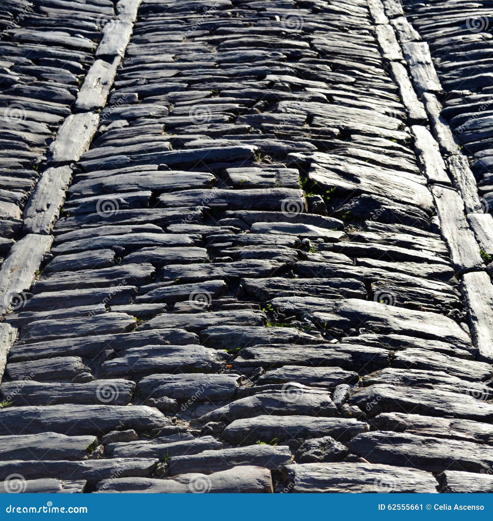 Średniowieczna antyka kamienia droga