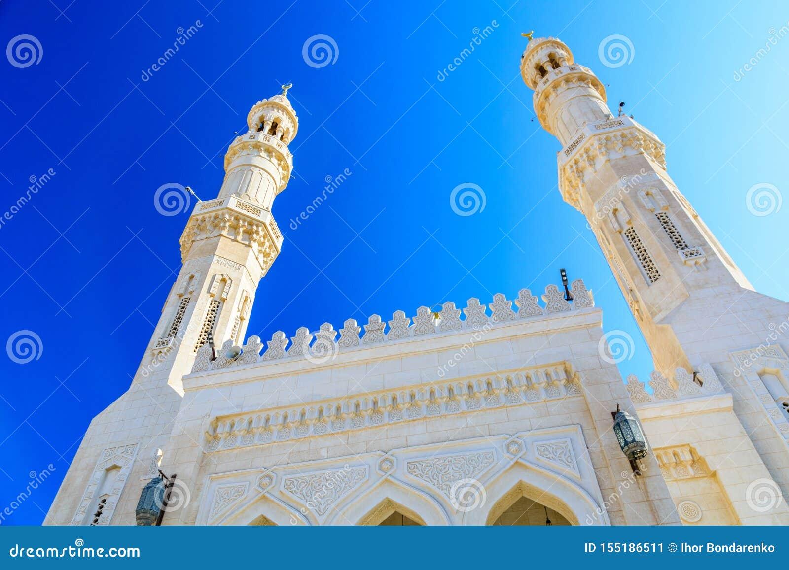 Środkowy meczet w El Dahar okręgu Hurghada miasto, Egipt