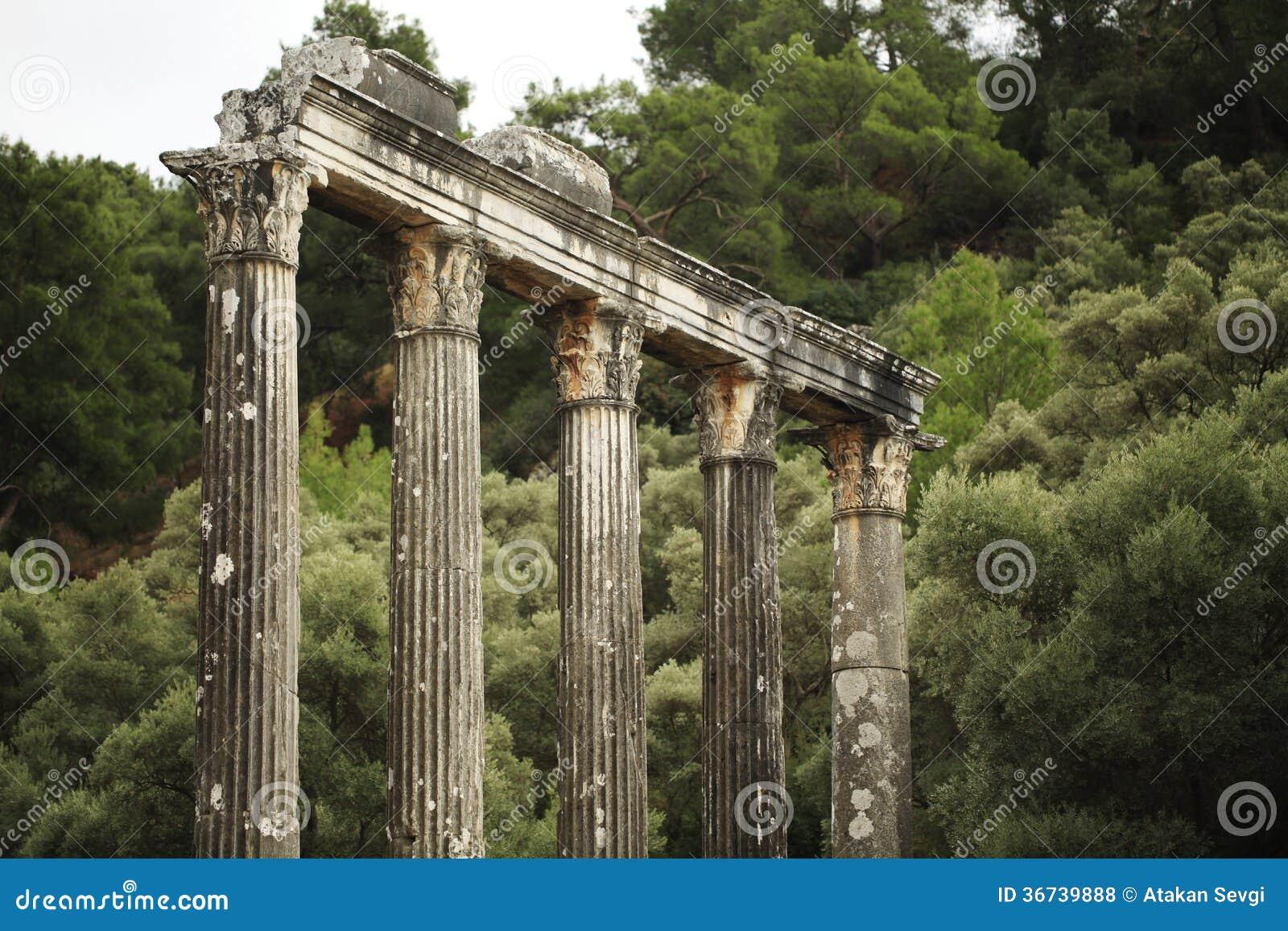 Świątynia Zeus przy starożytny grek ugodą Euromos