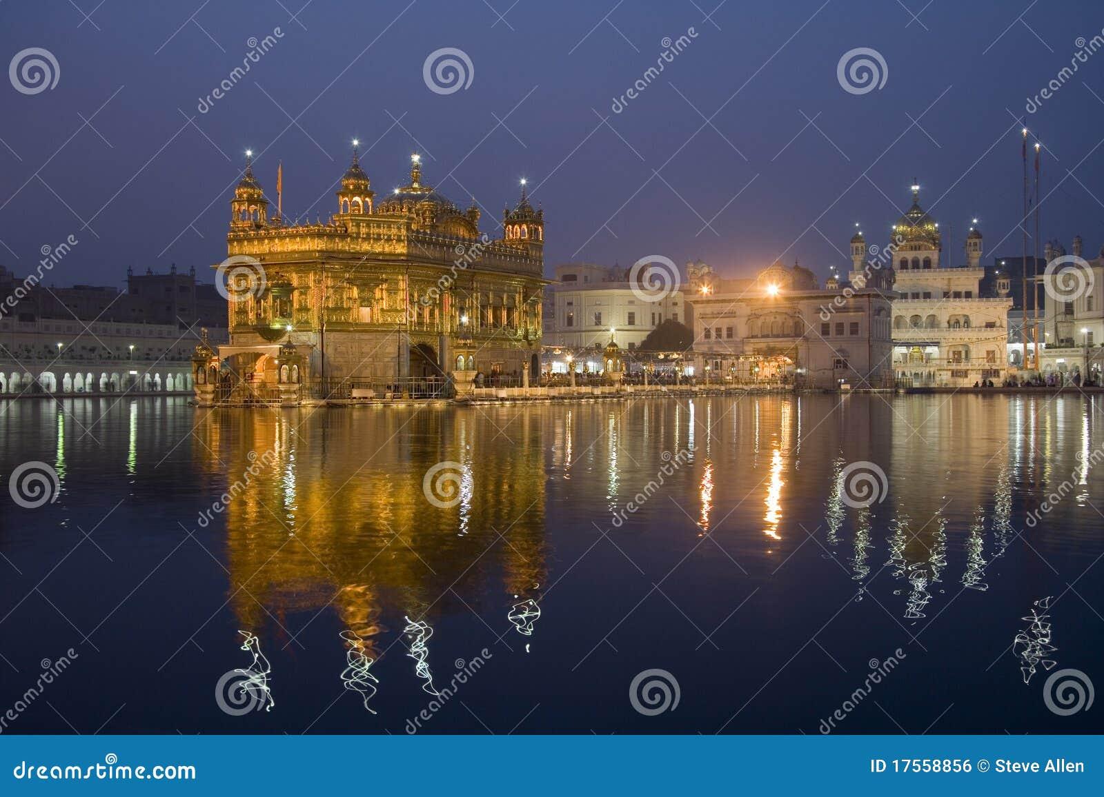 świątynni złoci Amritsar ind