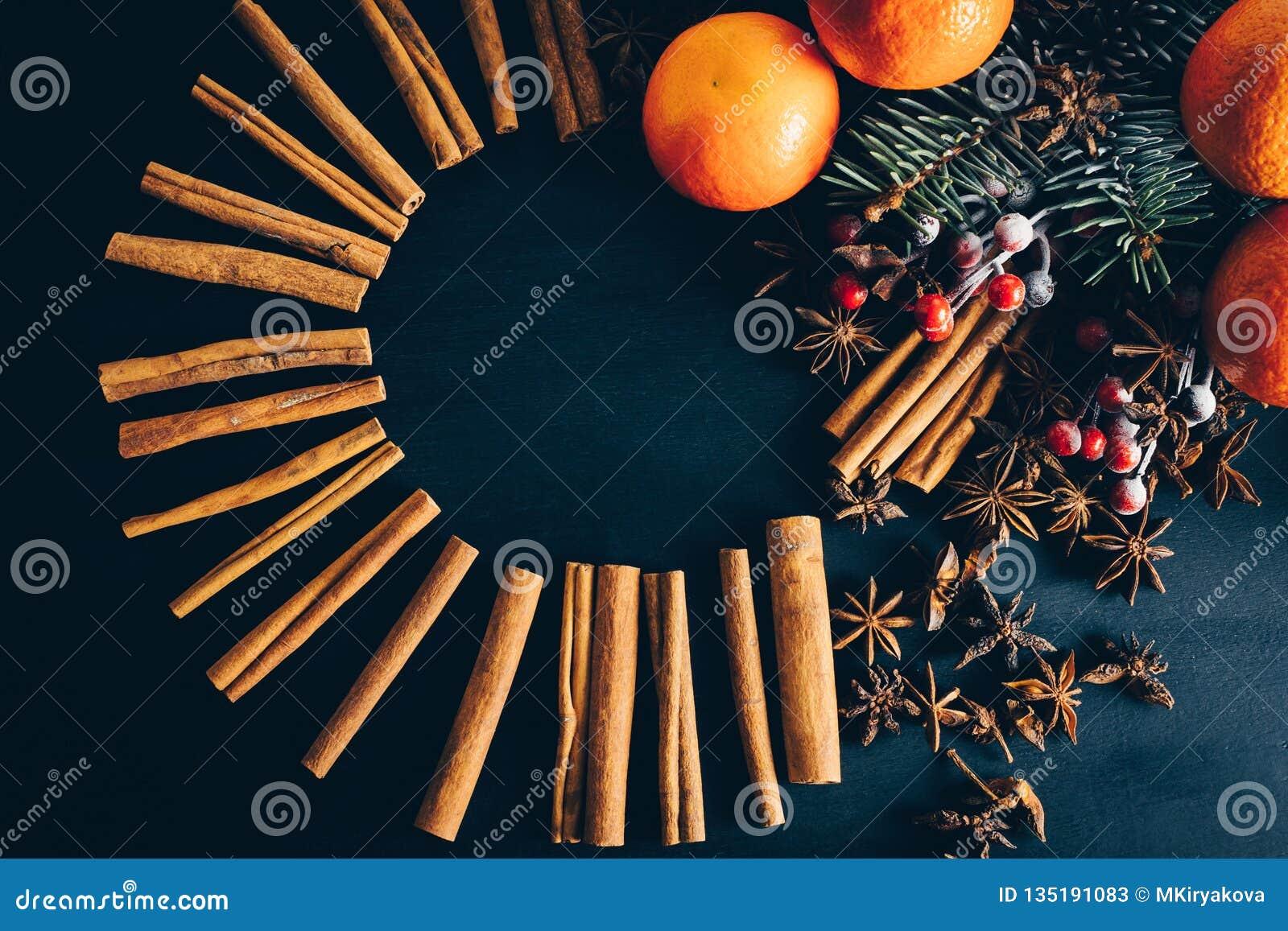 Święta dekorują odznaczenie domowych świeżych pomysłów