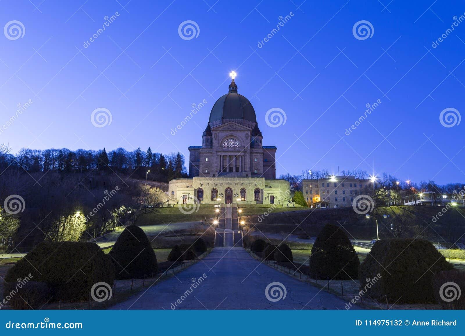Świętego Joseph's krasomówstwo Królewski przy wschodem słońca góra, Montreal