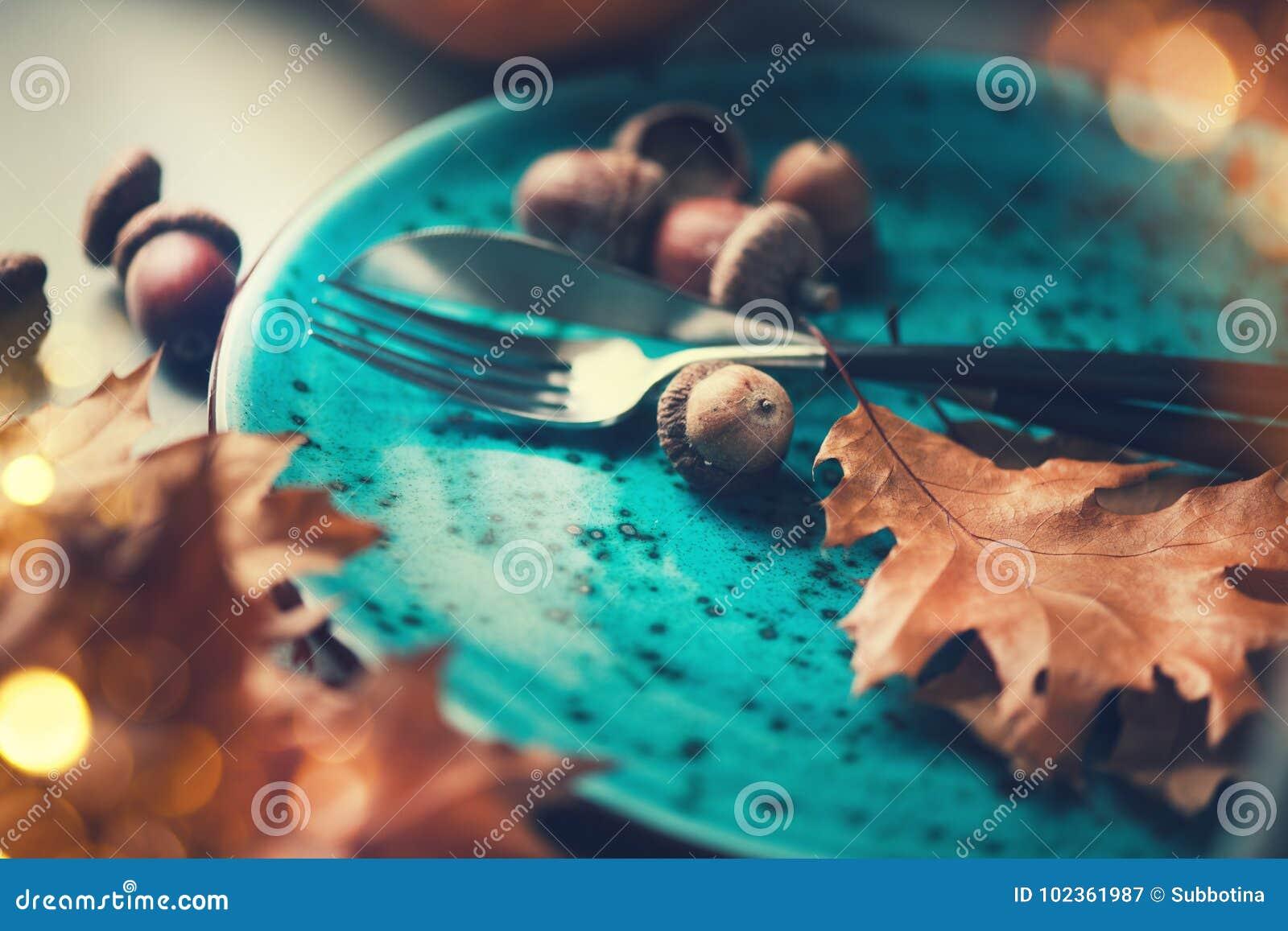 Święto Dziękczynienia stół słuzyć