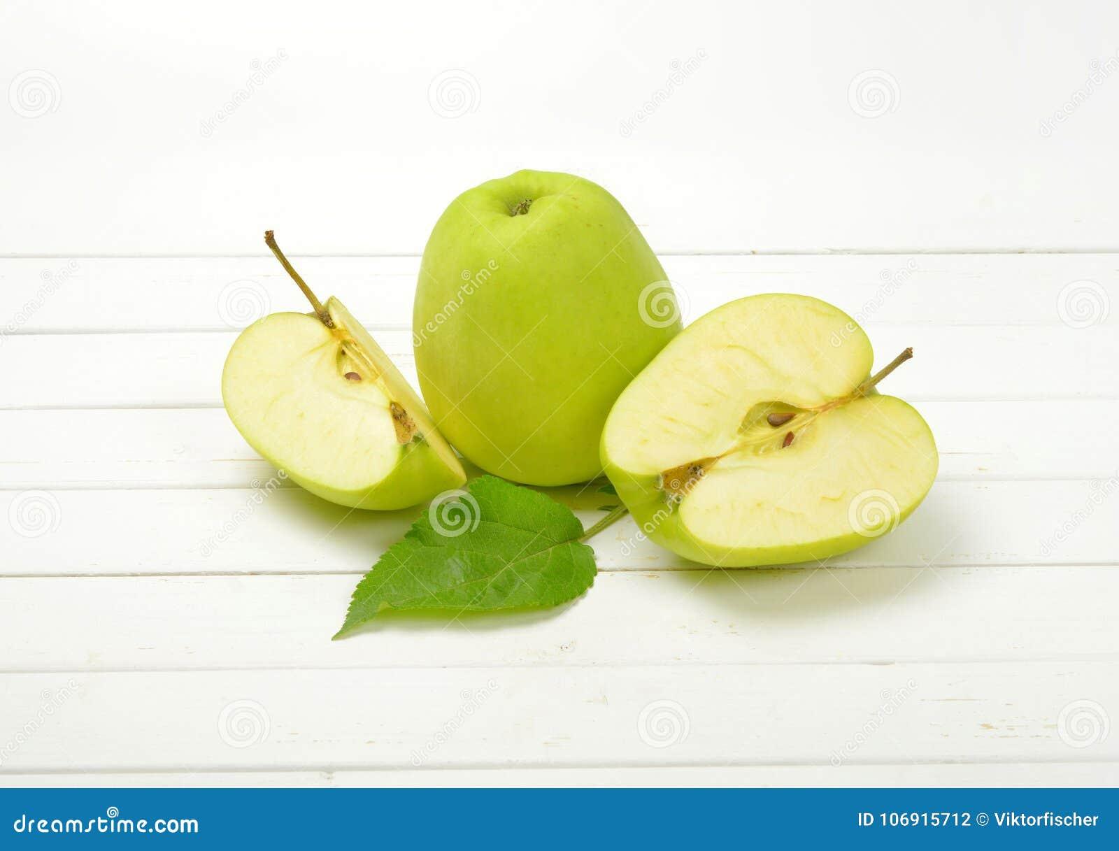 świeże jabłka green