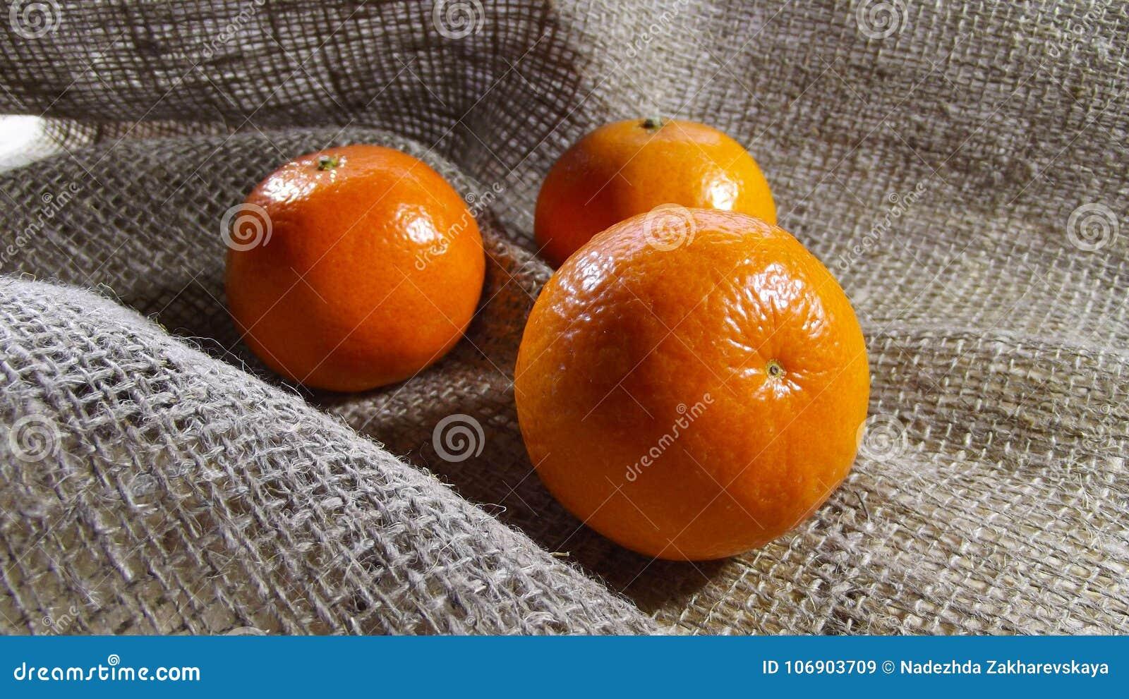 świeże mandarynki