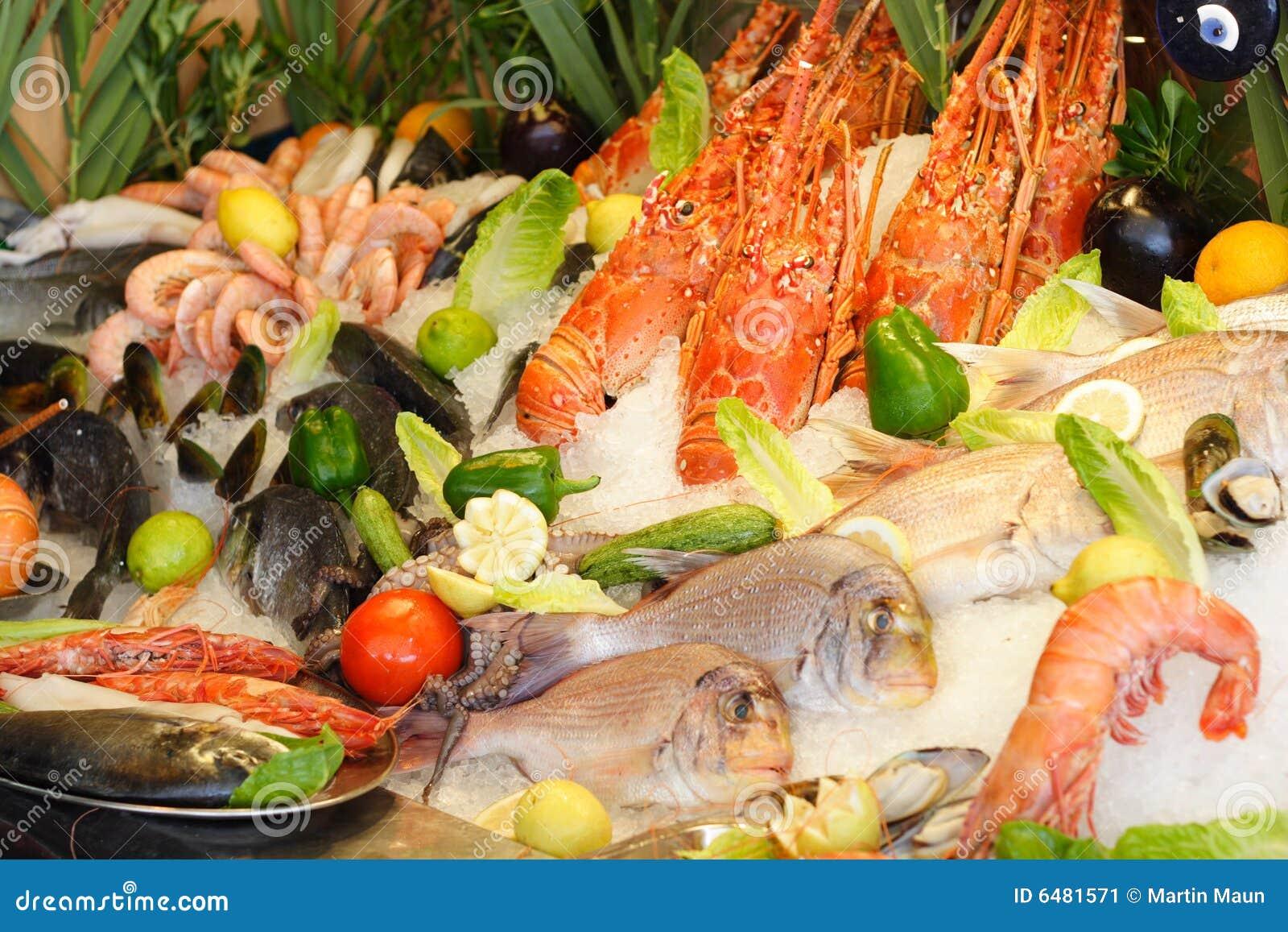 świeże owoce morza