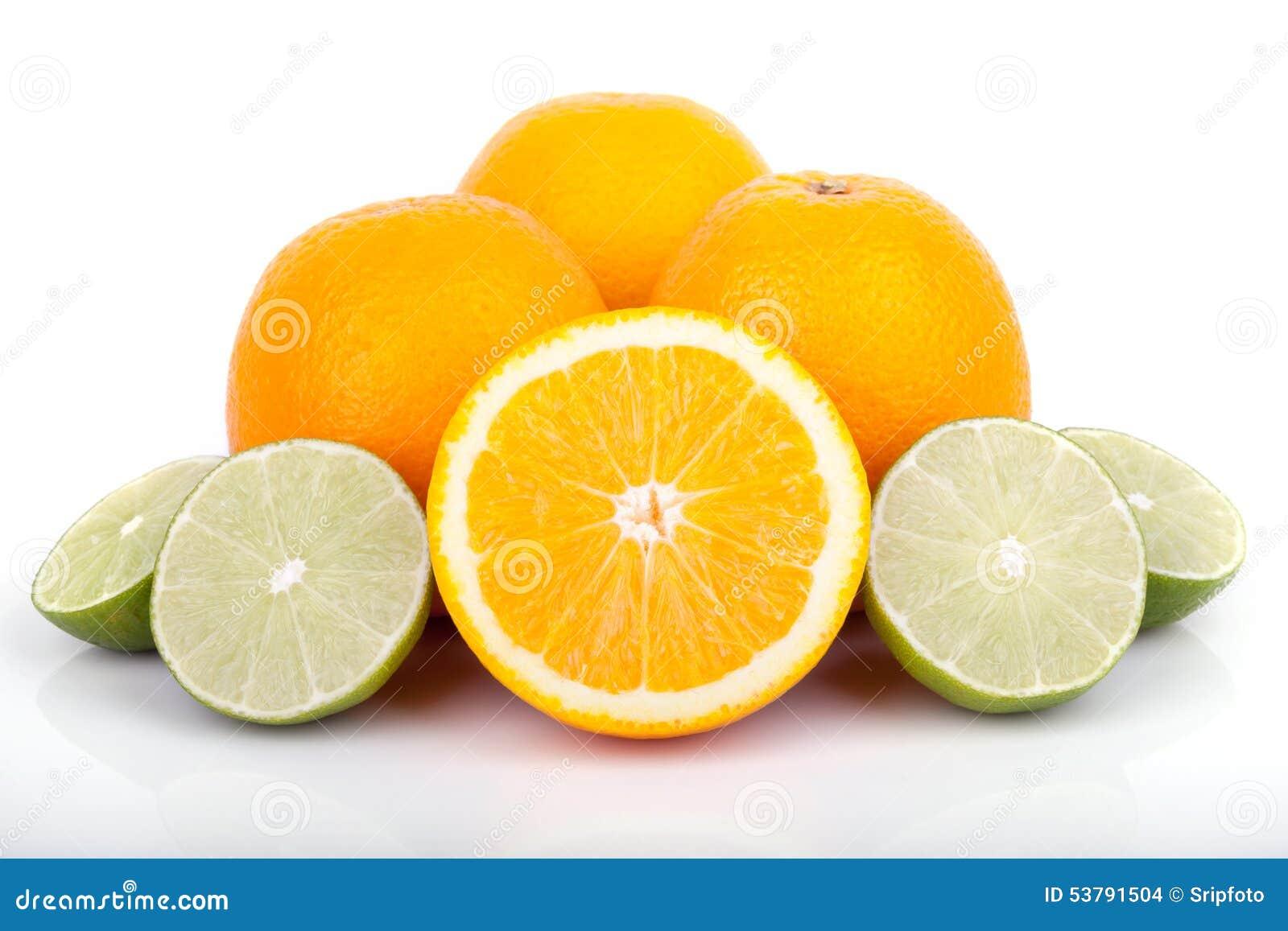 Świeże pomarańcze i cytrusa owoc