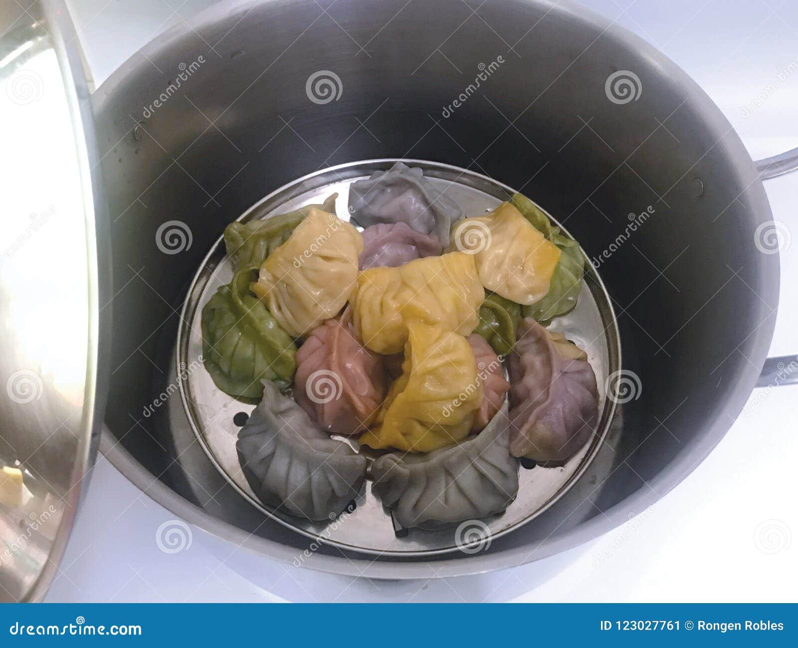 Świeżo gotujący Chiński karmowy siomai i dimsum