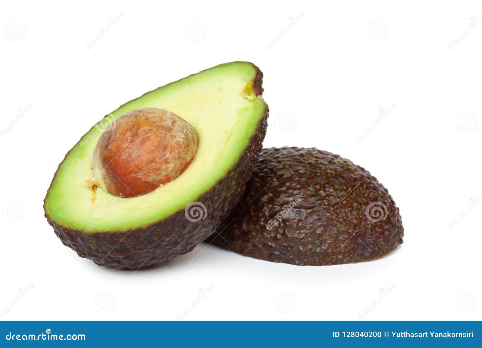Świeży avocado plasterek odizolowywający na białym tle