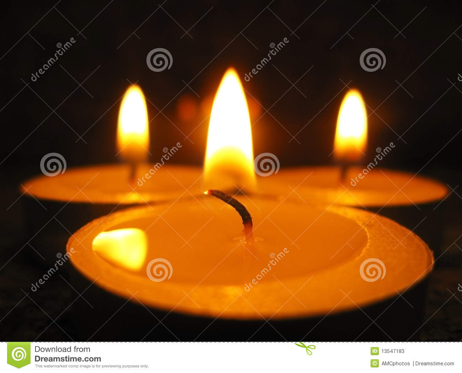 świeczki trzy
