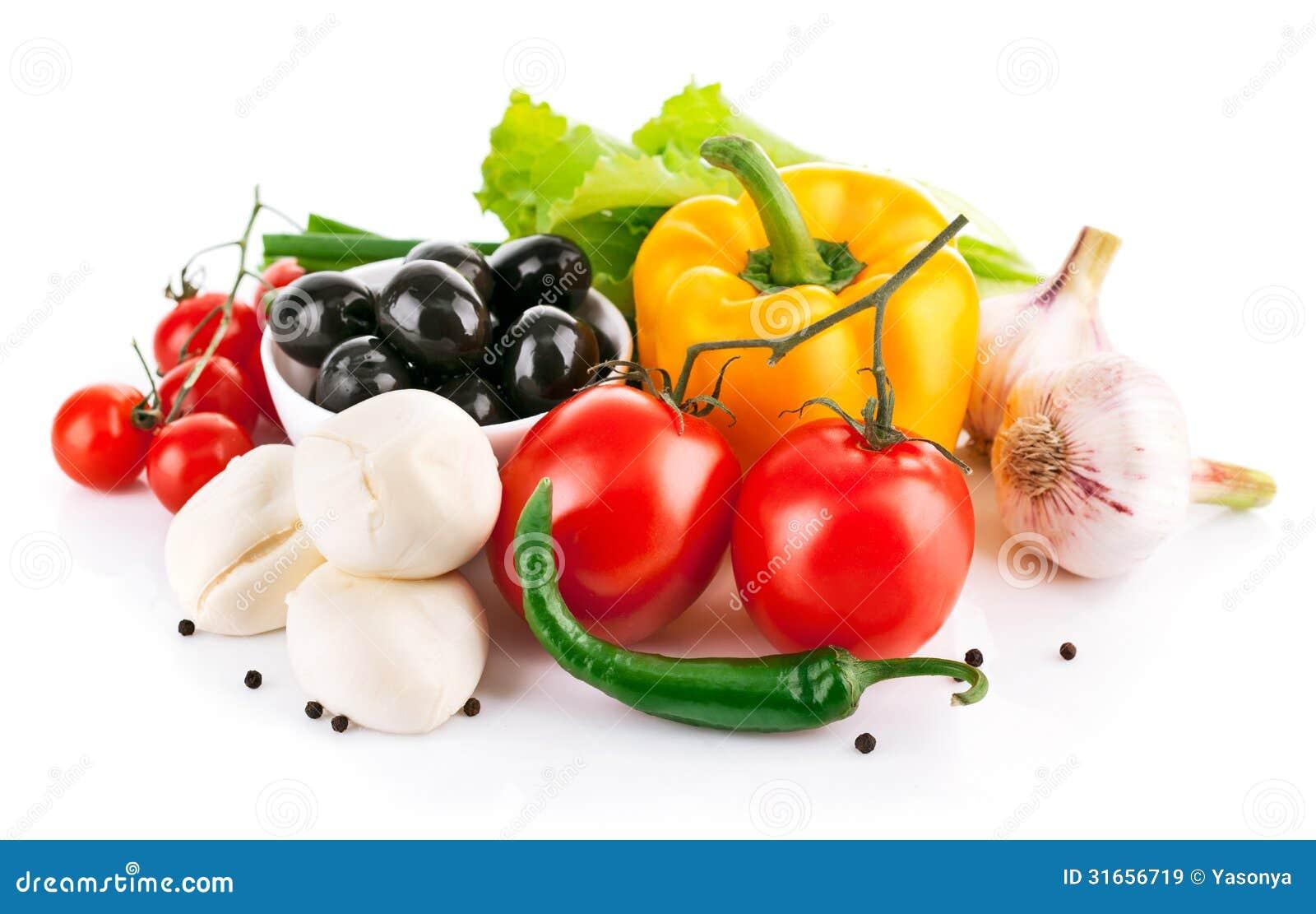 Świezi warzywa z włoską serową mozzarellą
