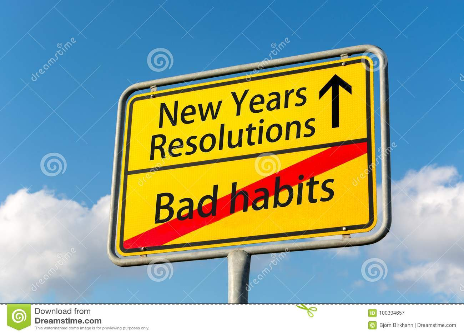 Żółty znak uliczny z nowy rok postanowieniami naprzód opuszcza bad