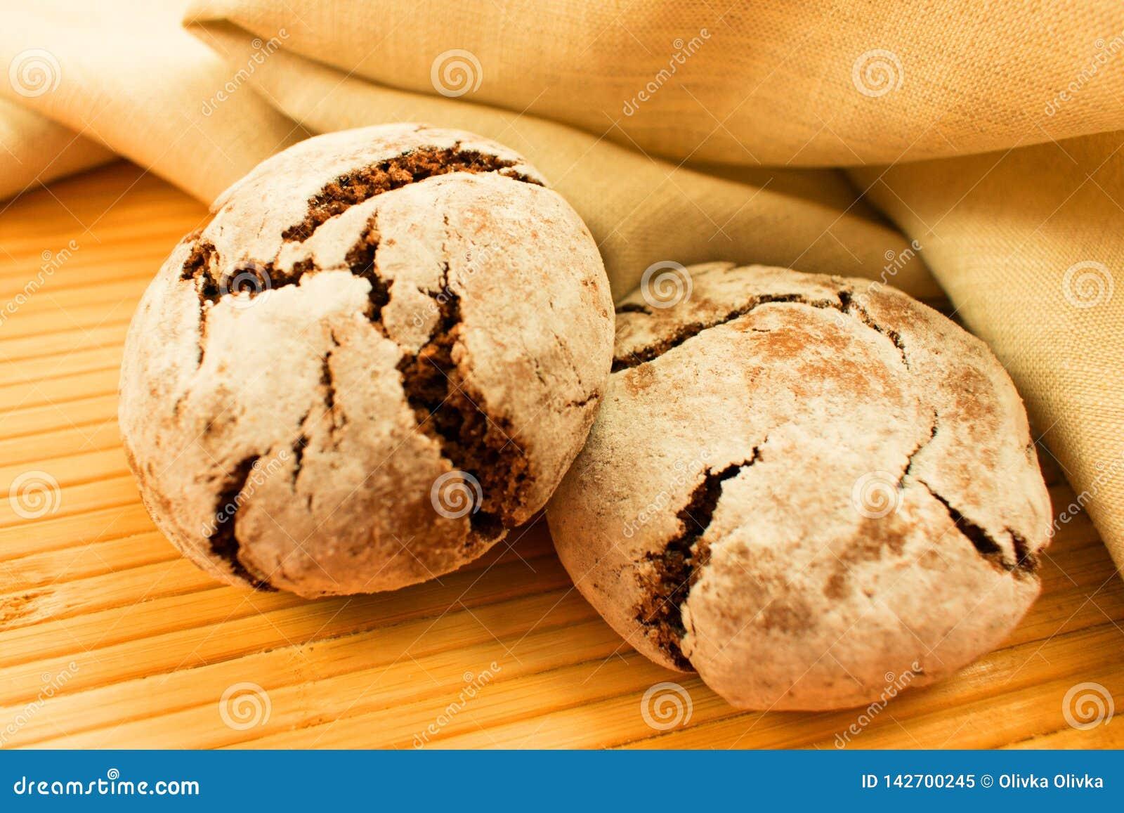 Żyto chleb na stole
