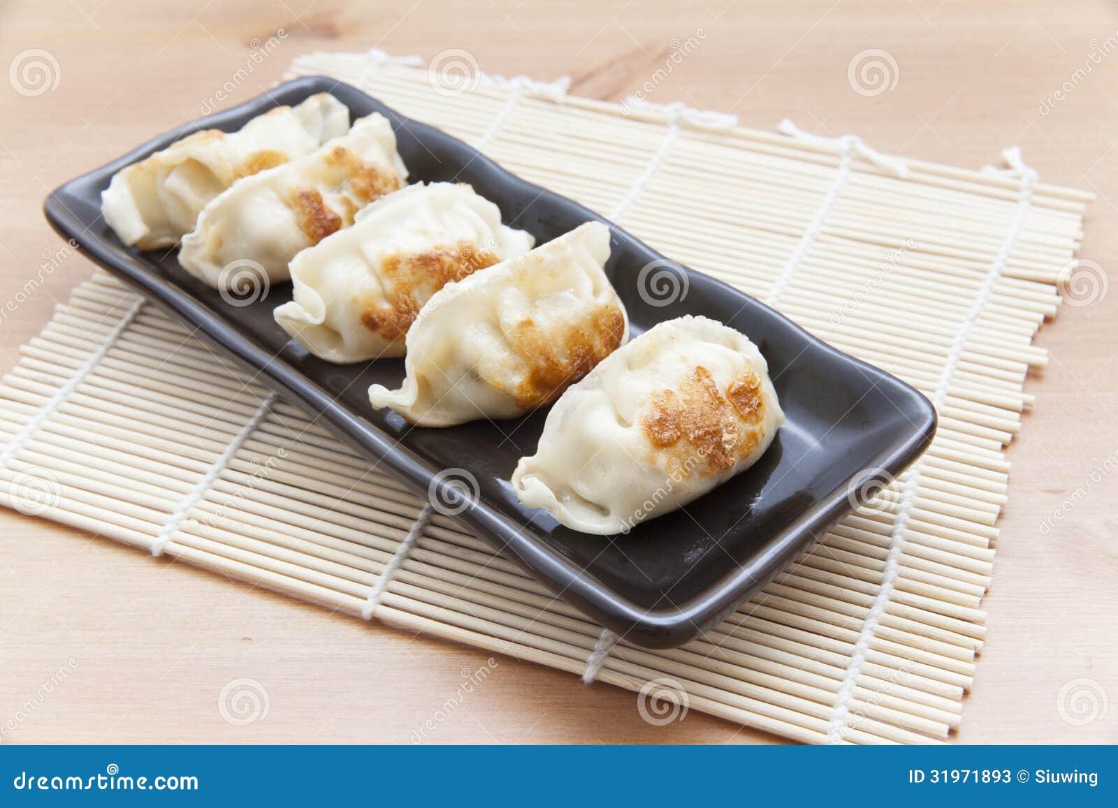 日本饺子-粤式点心-食物