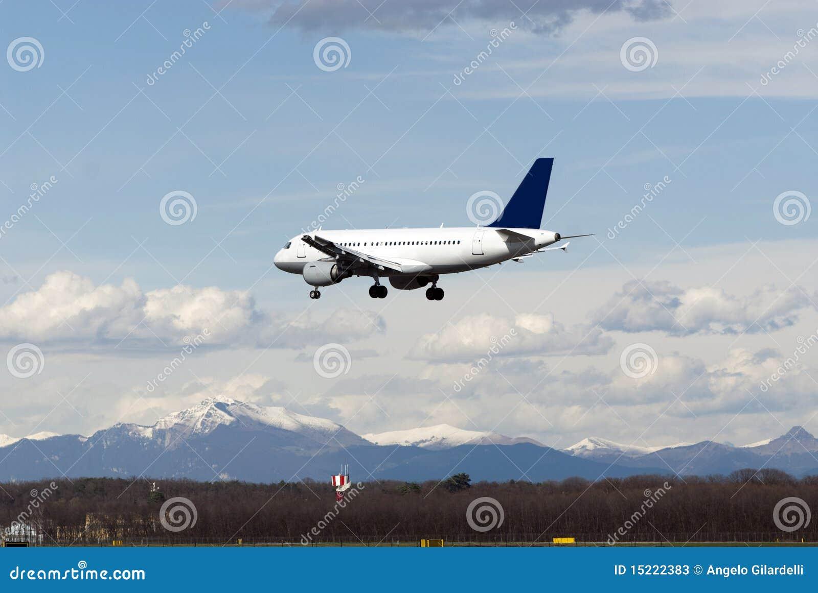 使飞机降落 库存照片