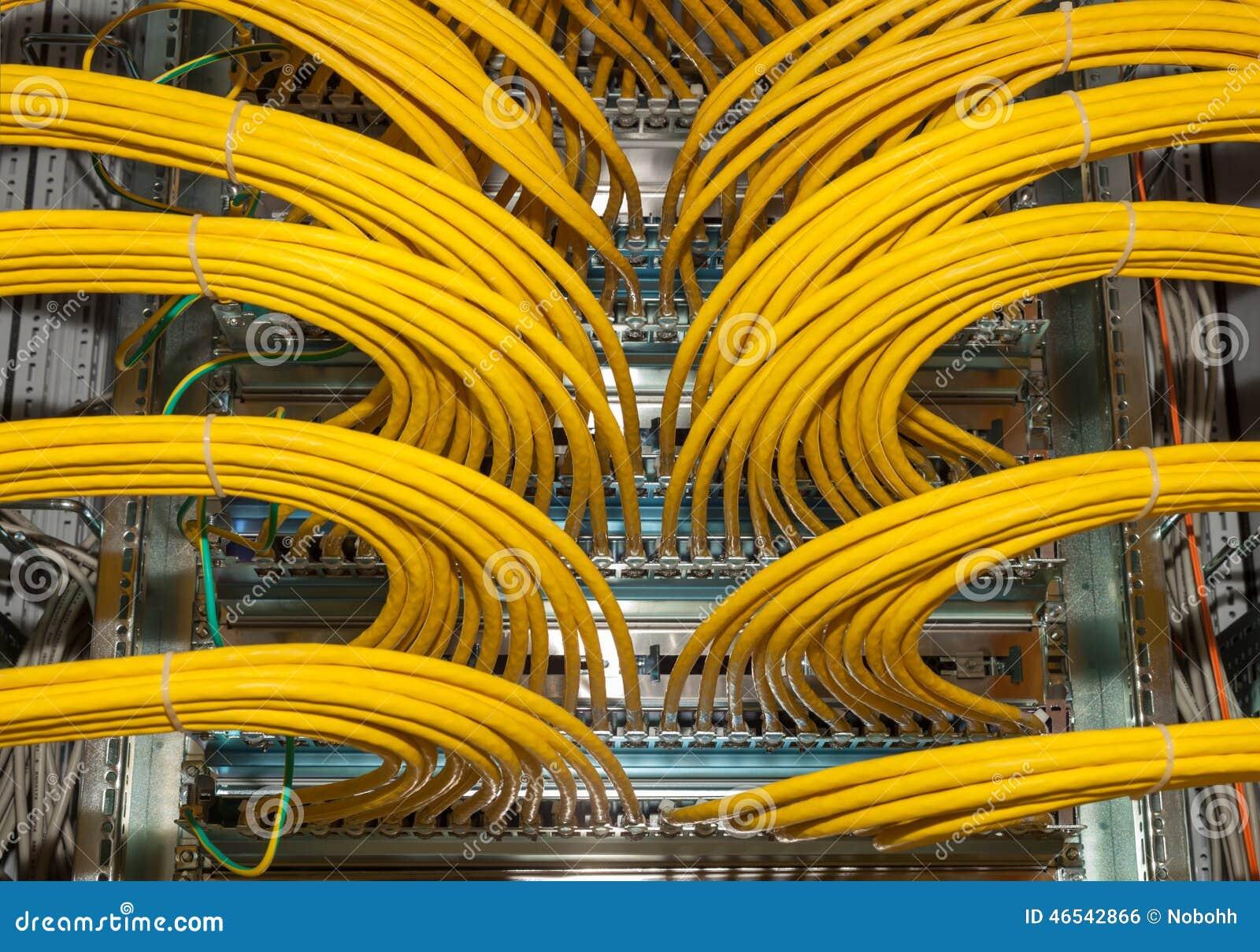 网络接线板在数据中心