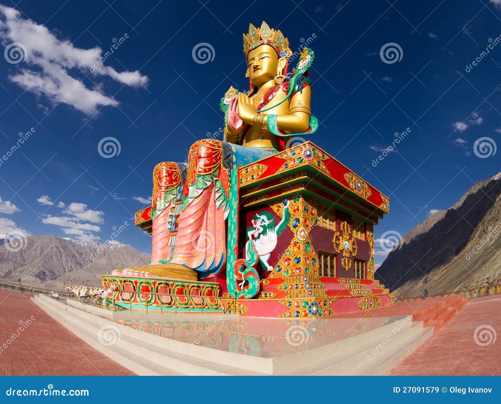 Άγαλμα του Βούδα στην κοιλάδα Nubra