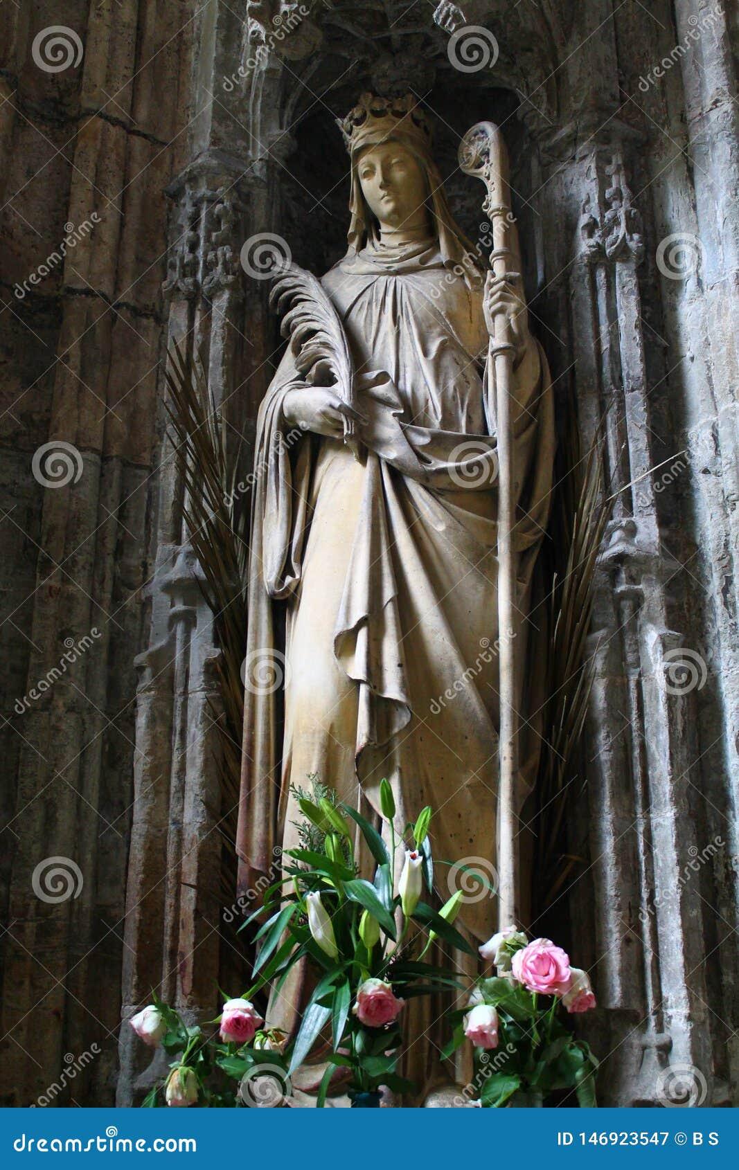 Άγαλμα του ST Winefride, Holywell, Ουαλία, UK