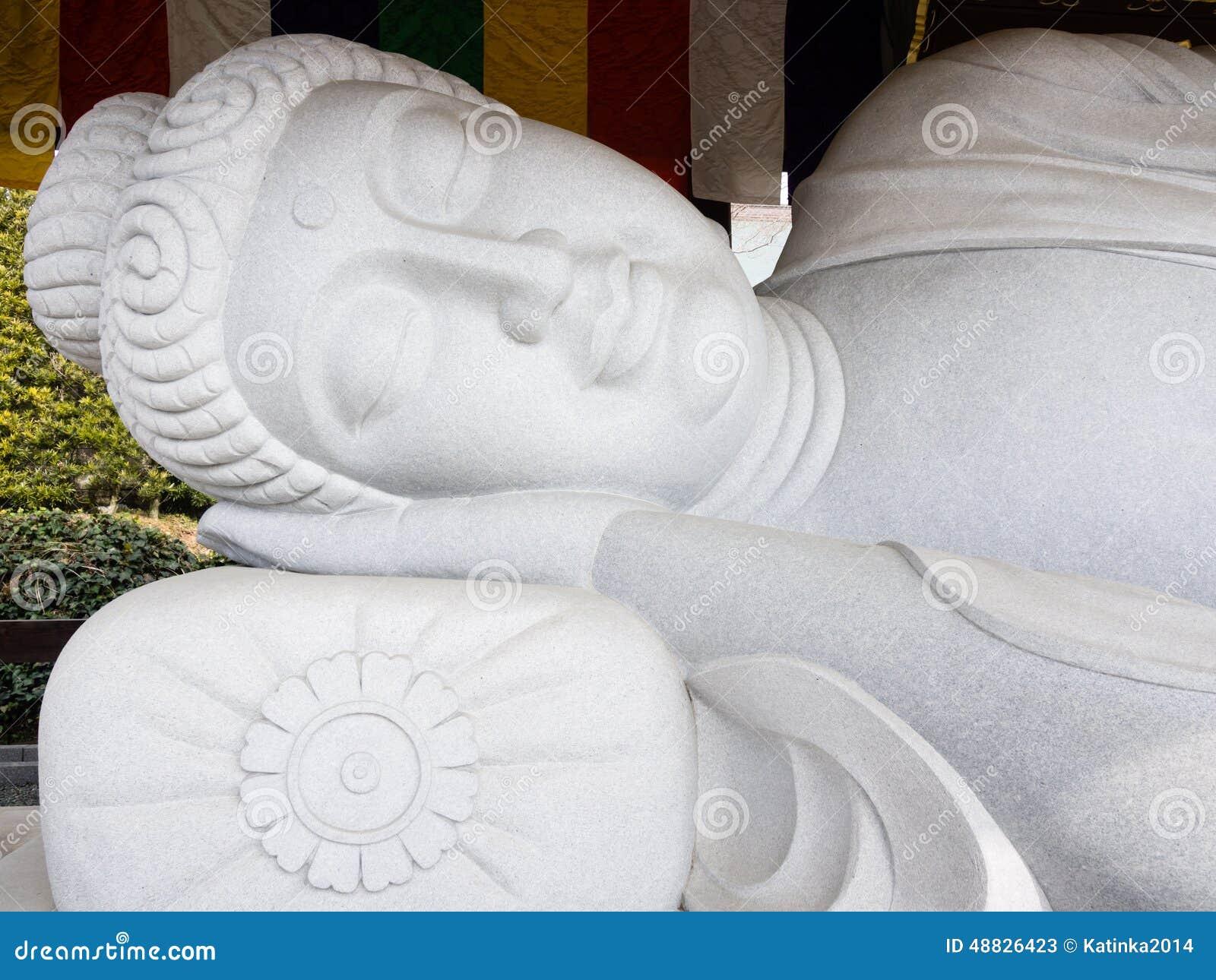 άγαλμα ύπνου του Βούδα