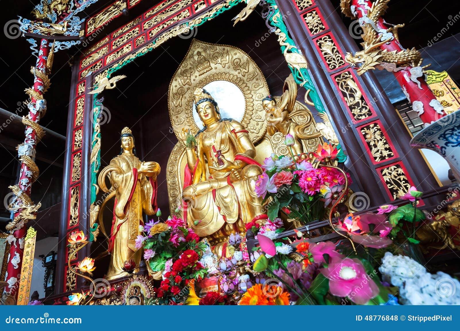 Άγαλμα Guanyin, η θεά του ελέους, στο ναό Lushan, Τσάνγκσα, Κίνα
