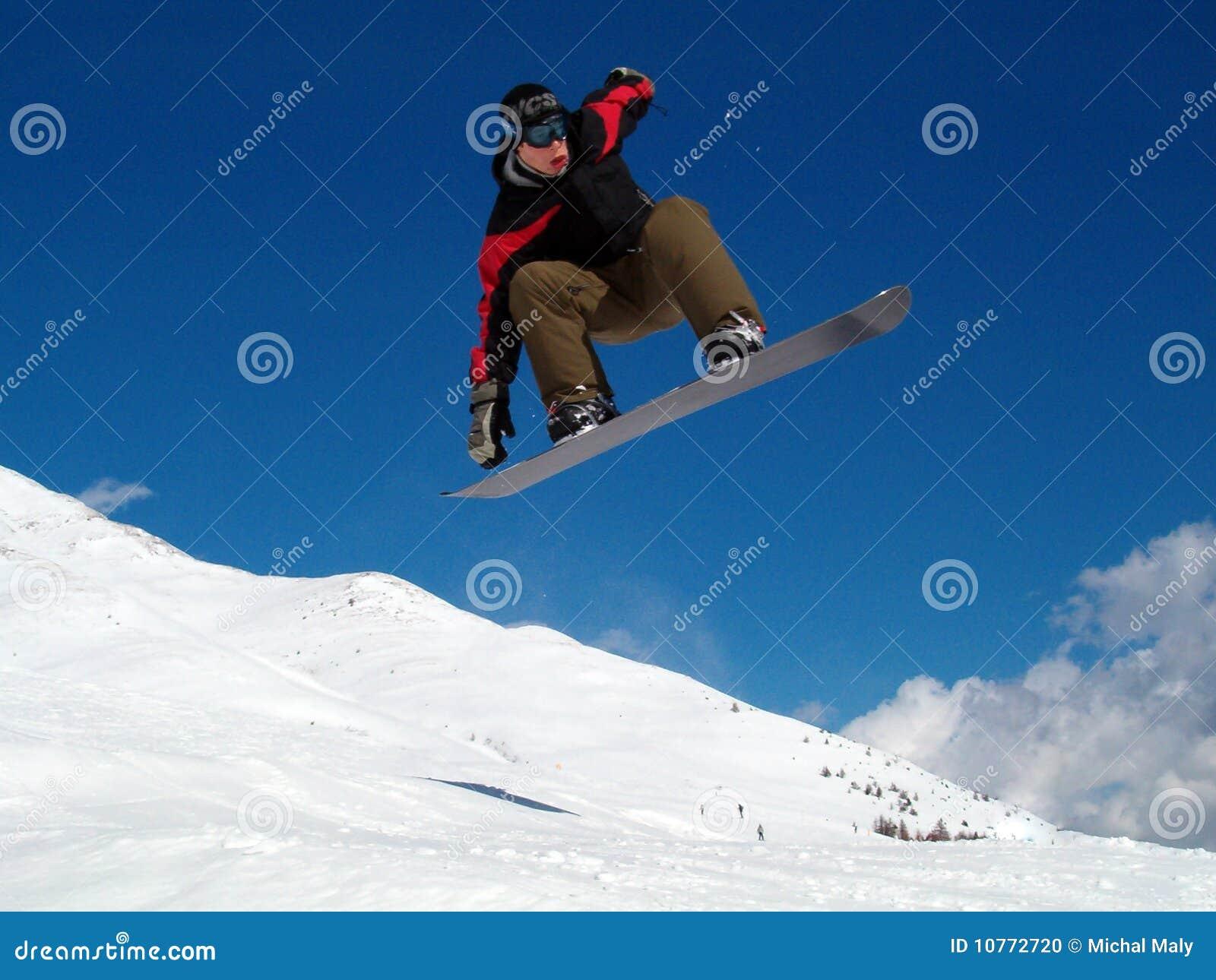 άλμα snowborder