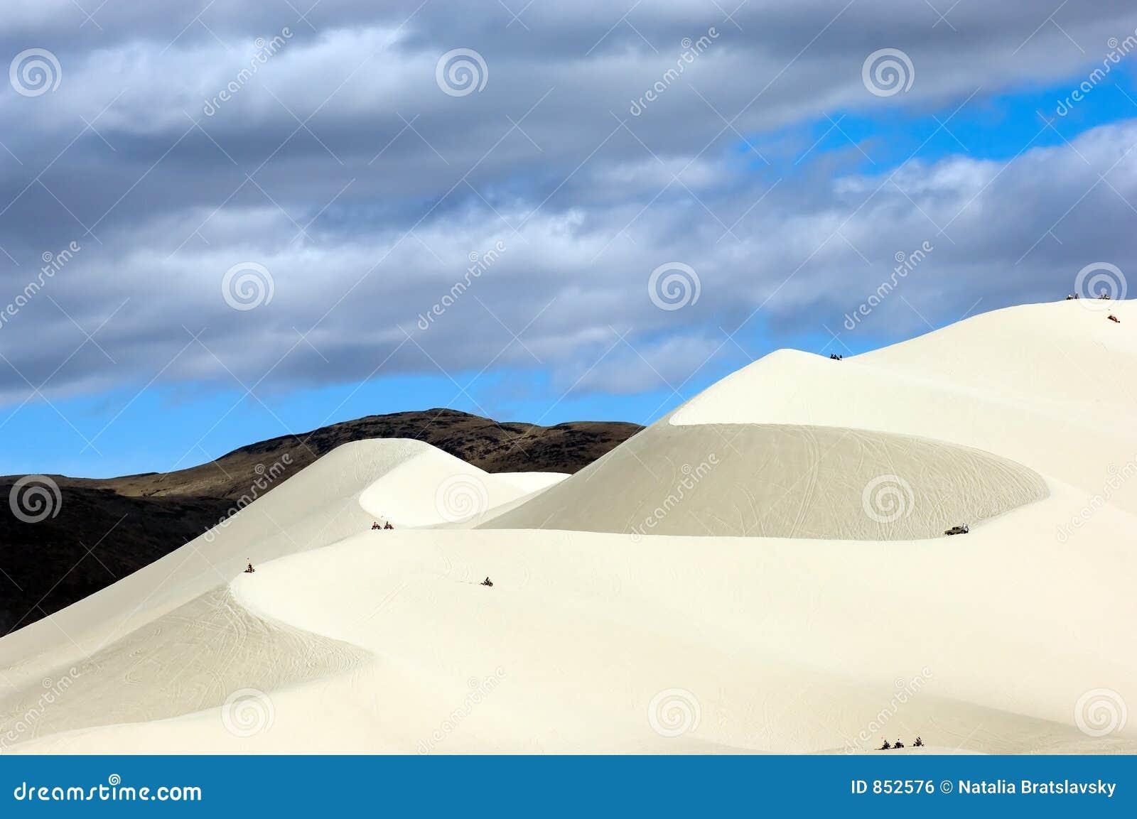 άμμος βουνών