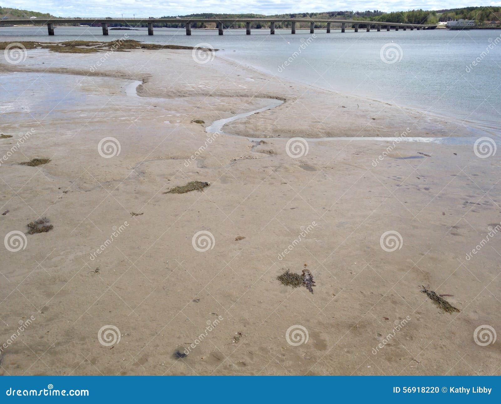Άμμος και γέφυρα