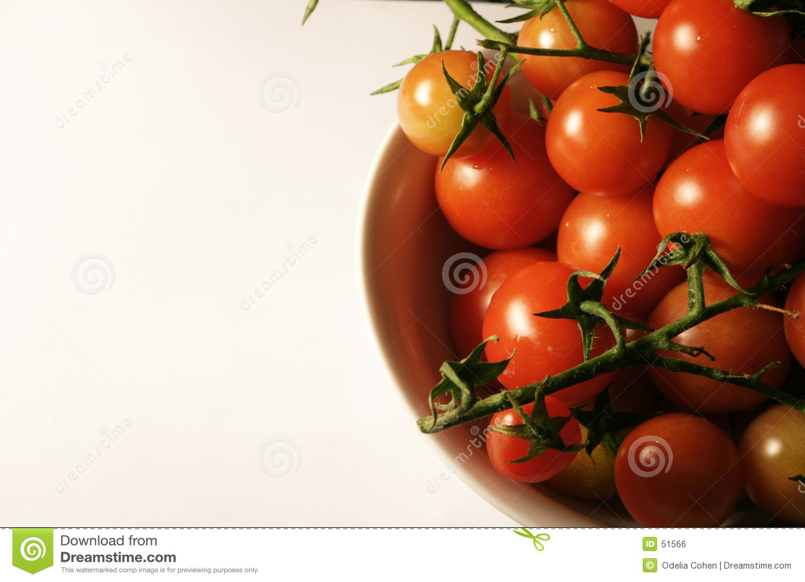 Download άμπελος ντοματών κερασιών στοκ εικόνες. εικόνα από ντομάτες - 51566