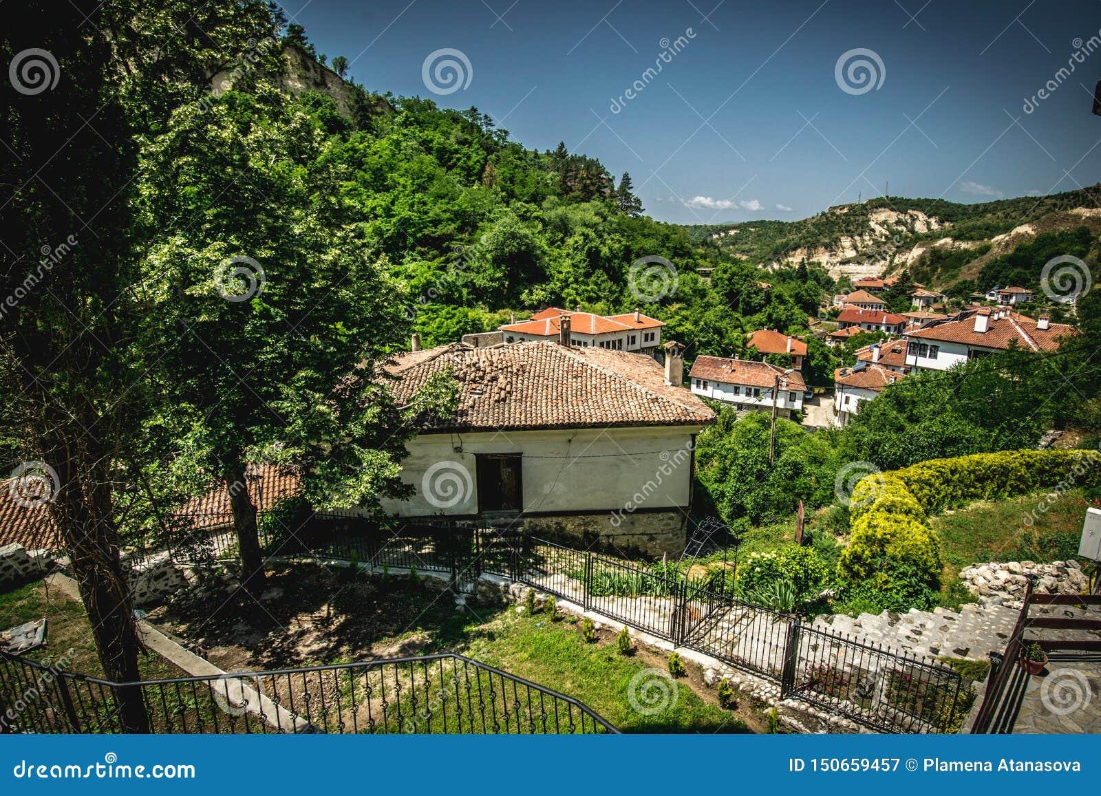 Άποψη από τη μικρότερη πόλη στη Βουλγαρία Μελένικο