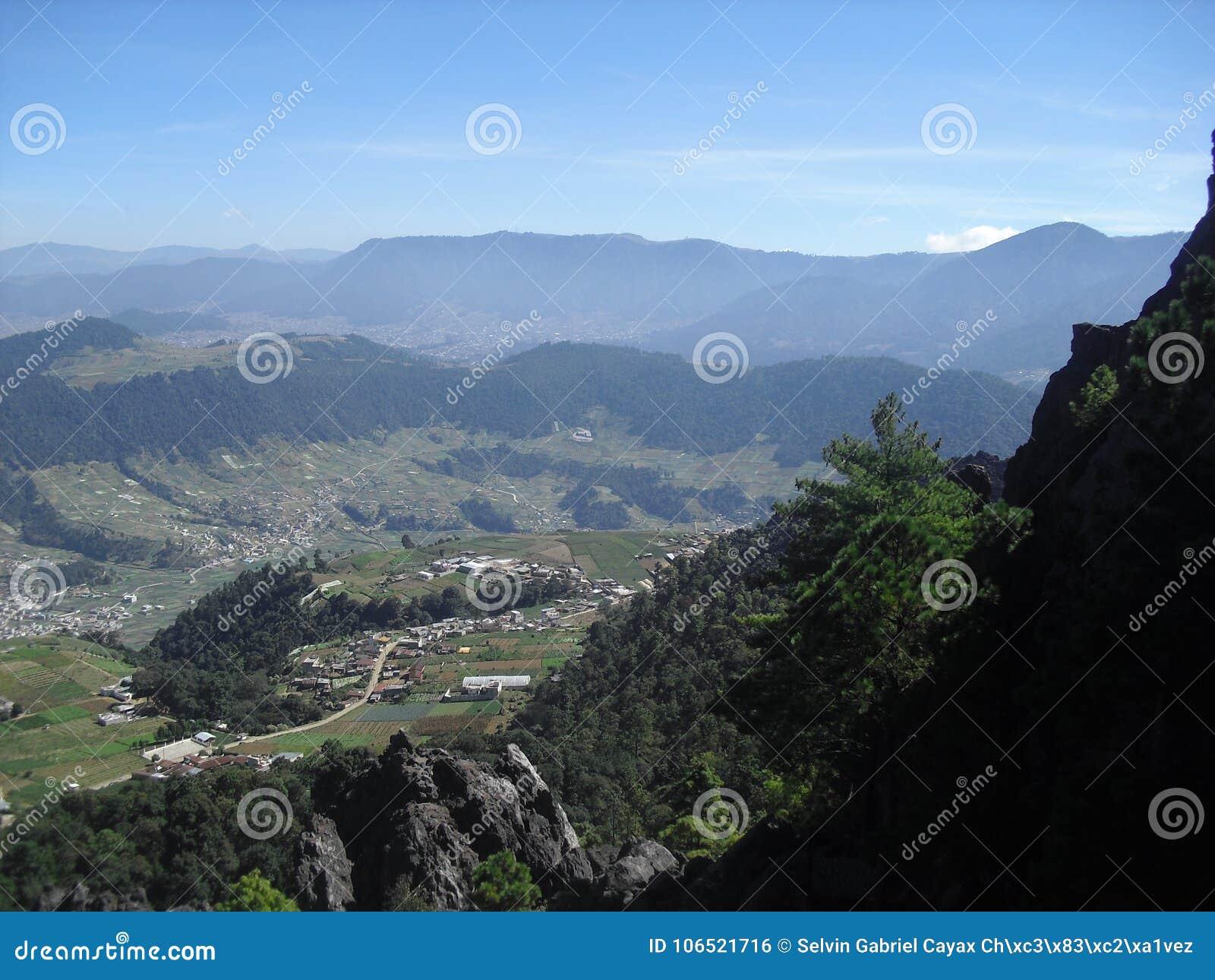 Άποψη από Cerro το Λα Muela σε Quetzaltenango, Γουατεμάλα 1