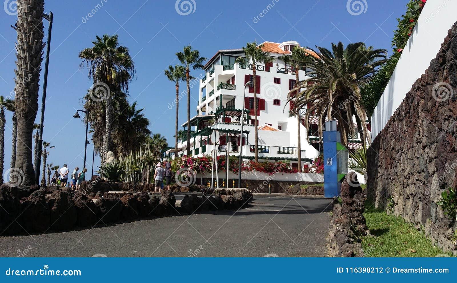 Άποψη θάλασσας που περπατά σε Puerto Σαντιάγο Tenerife, Adeje Ισπανία