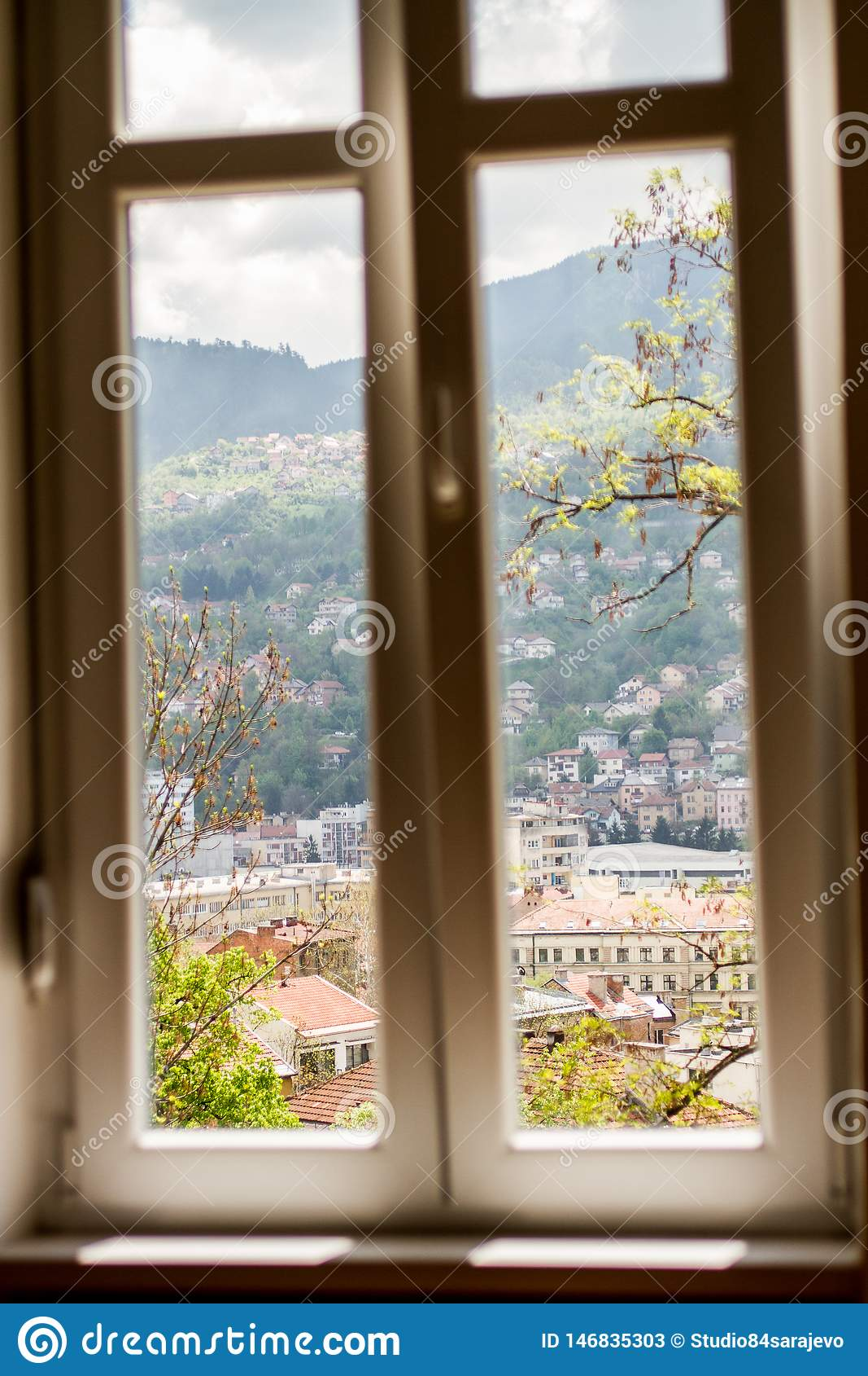 Άποψη παραθύρων του ορίζοντα του Σαράγεβου