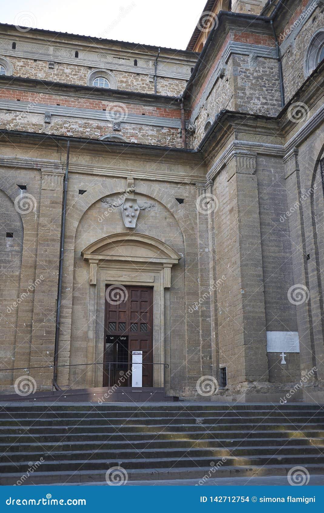 Άποψη της εκκλησίας SAN Lorenzo